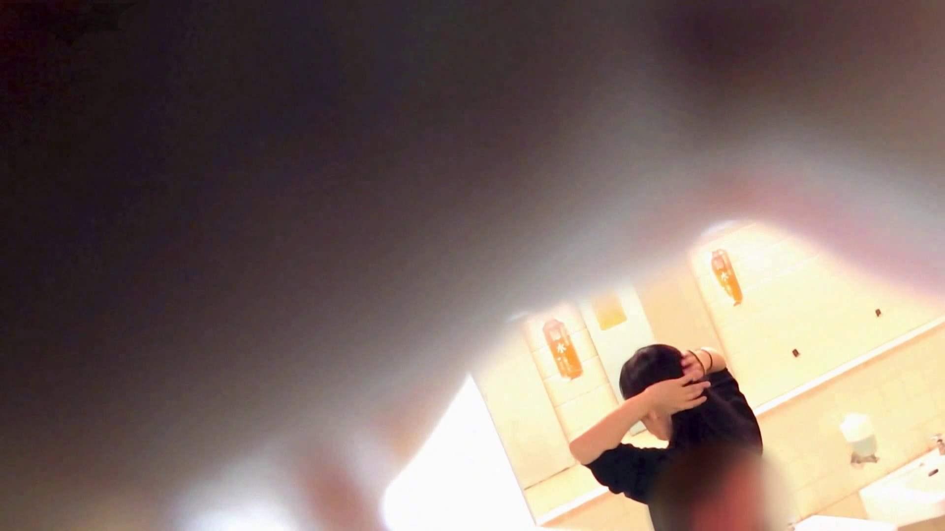 第三体育館潜入撮File009 珍しい!左手で御尻を広げながら右手で拭く 丸見え アダルト動画キャプチャ 67画像 12