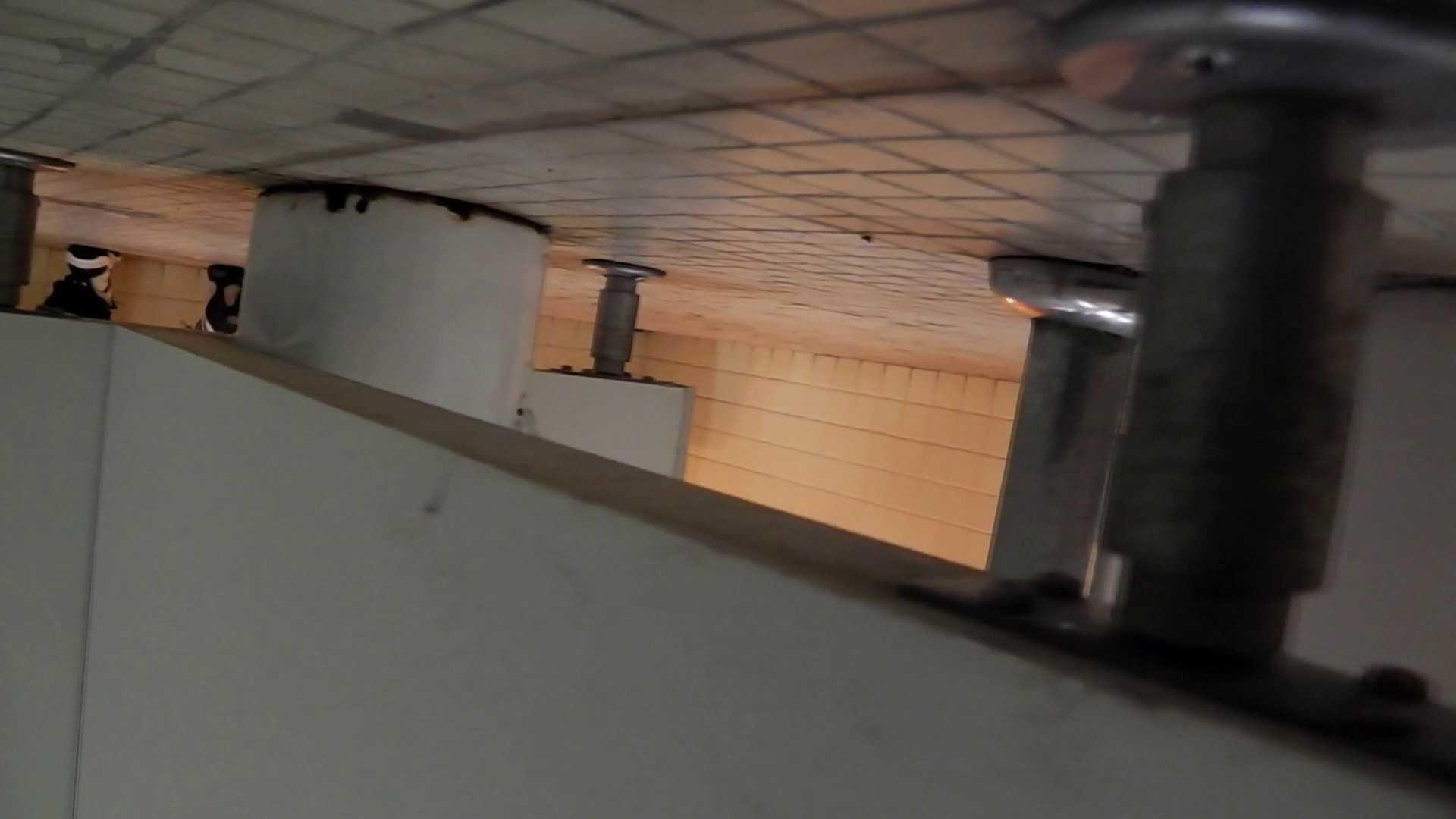 第三体育館潜入撮File015 「進化」の最後に登場した美人がついに入室! マンコ おめこ無修正画像 99画像 32