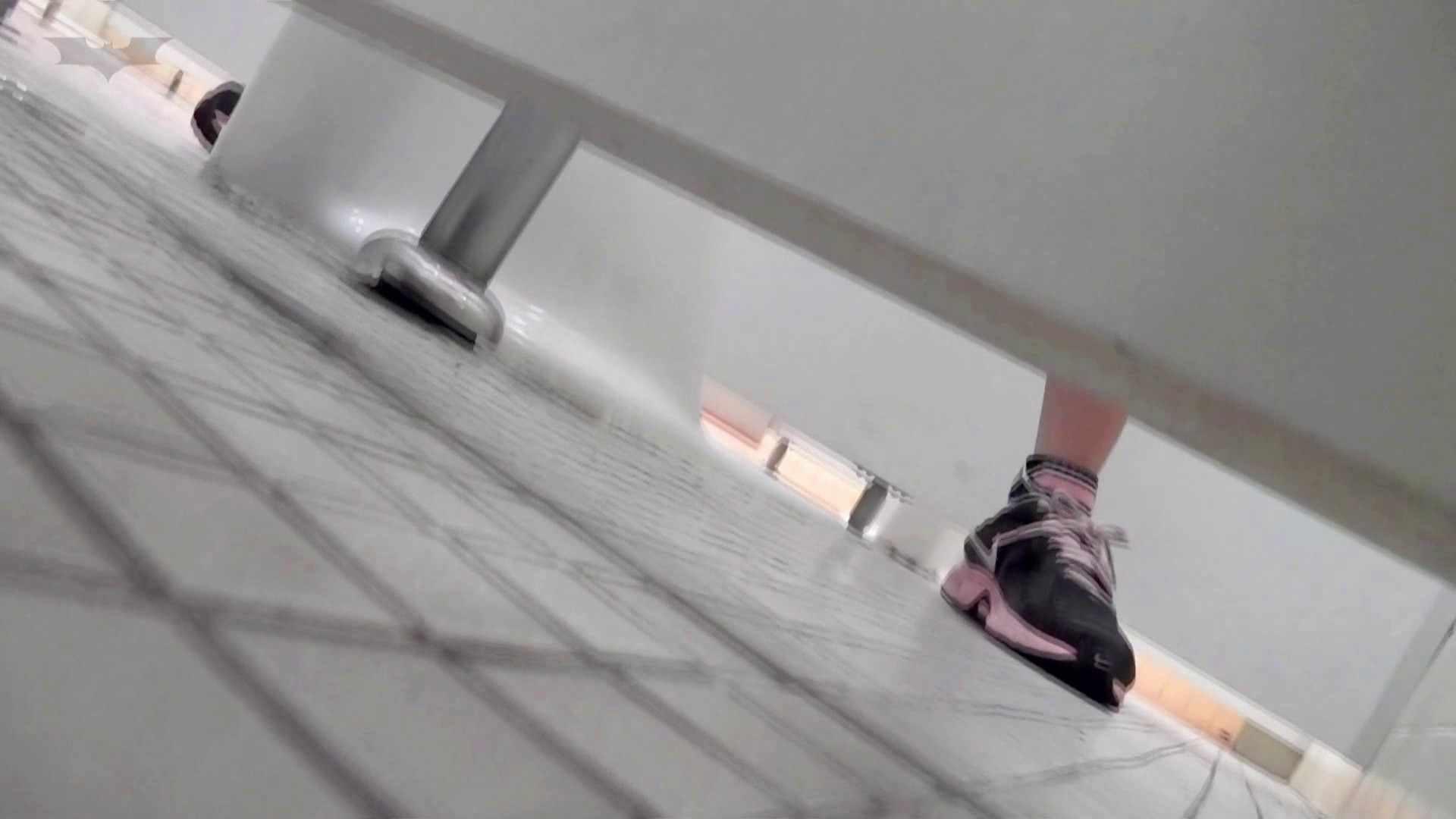 第三体育館潜入撮File015 「進化」の最後に登場した美人がついに入室! 盛合せ 濡れ場動画紹介 99画像 87
