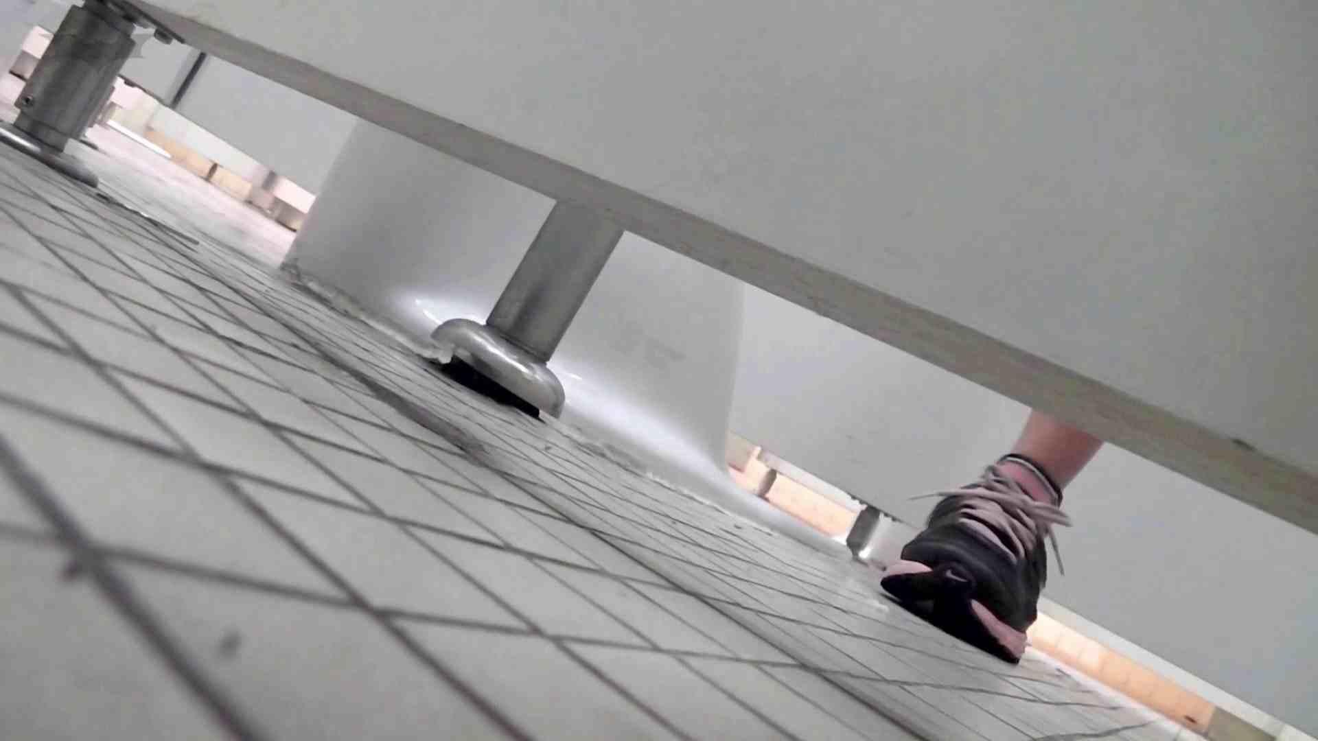 第三体育館潜入撮File015 「進化」の最後に登場した美人がついに入室! 高画質 オマンコ無修正動画無料 99画像 90