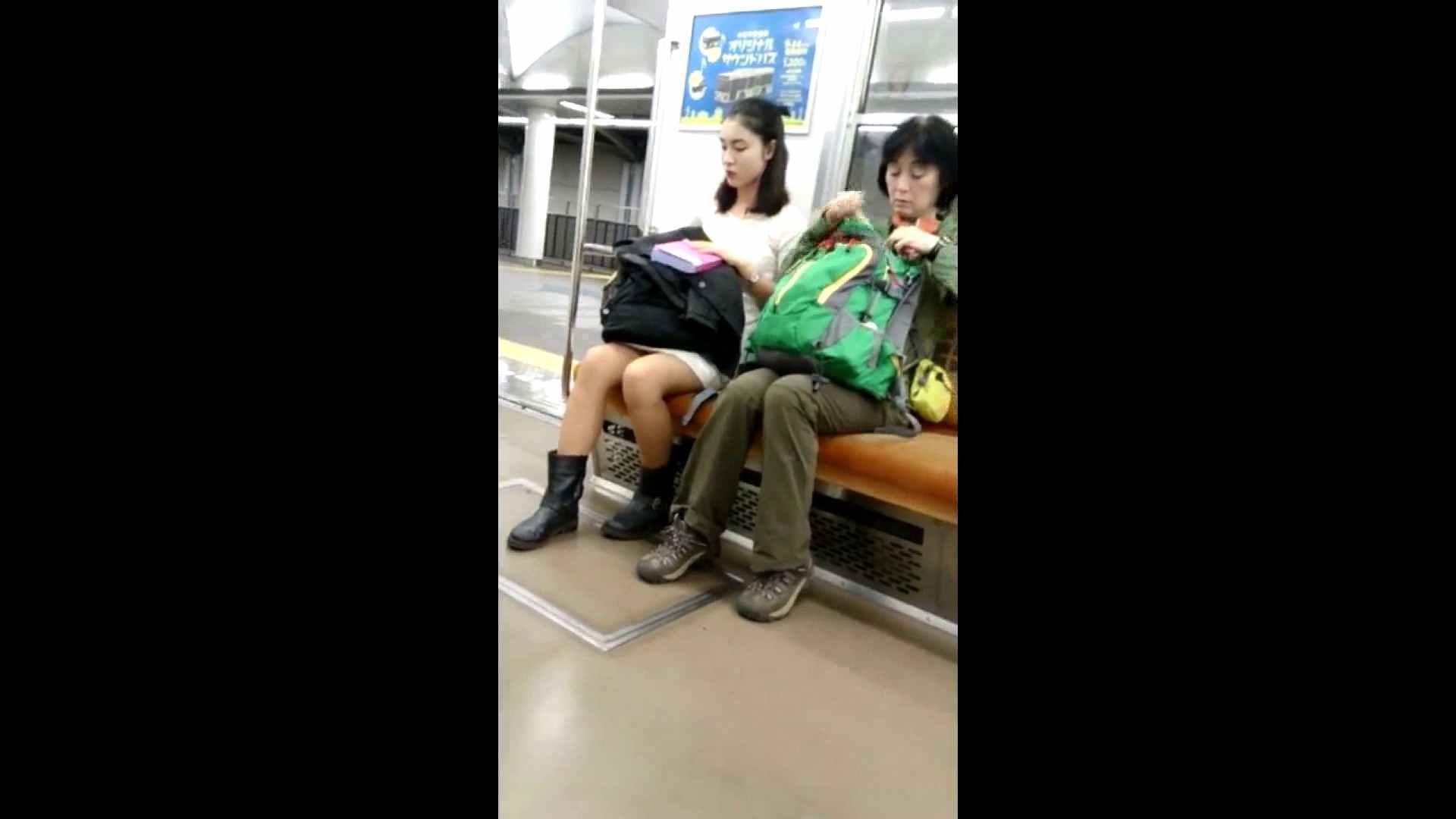 盗撮列車 vol.02 NINJAさんの粘着撮り 車 戯れ無修正画像 73画像 71