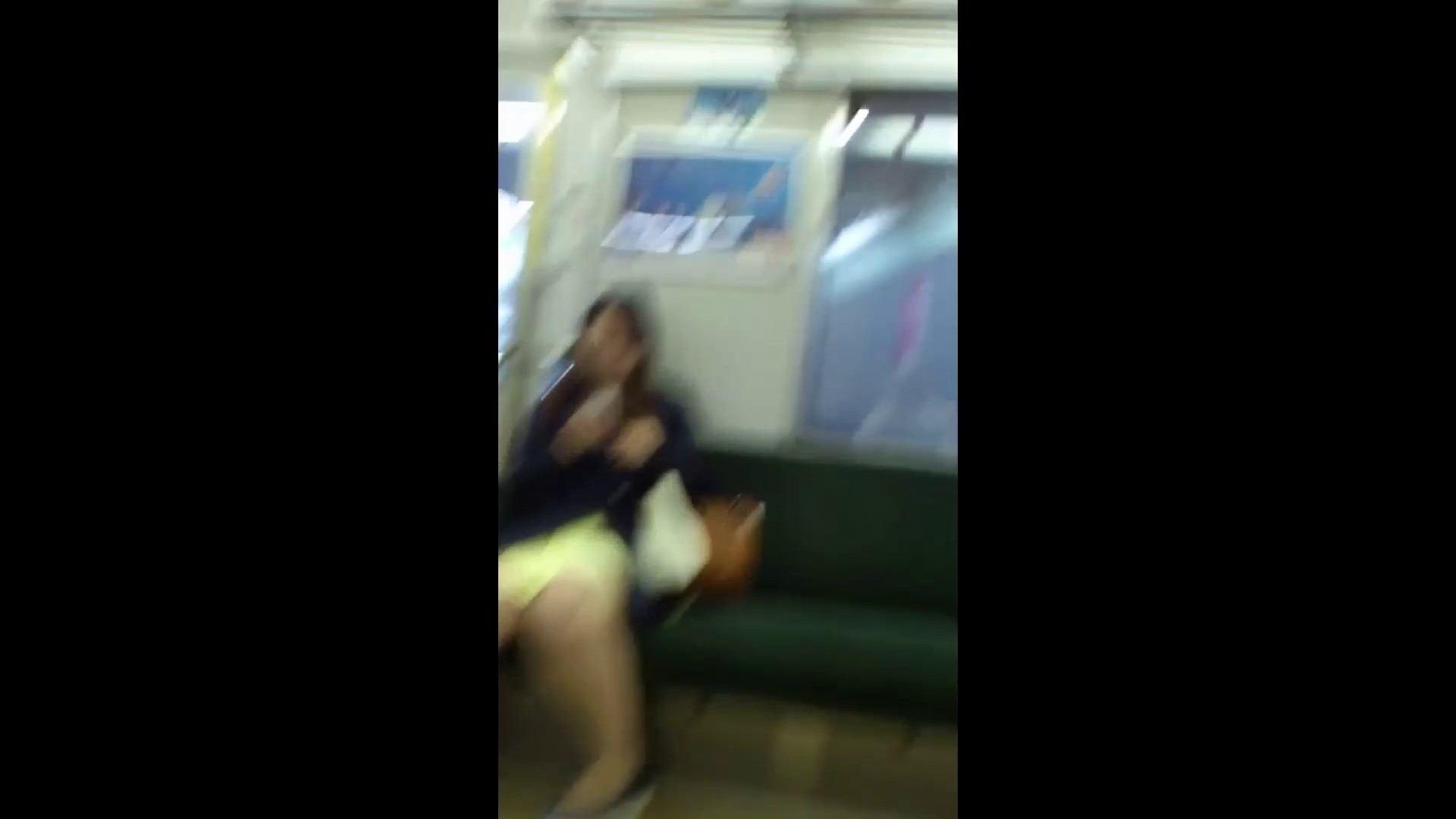 盗撮列車 Vol.54 春色の黄色のスカート ギャル攻め エロ画像 83画像 65
