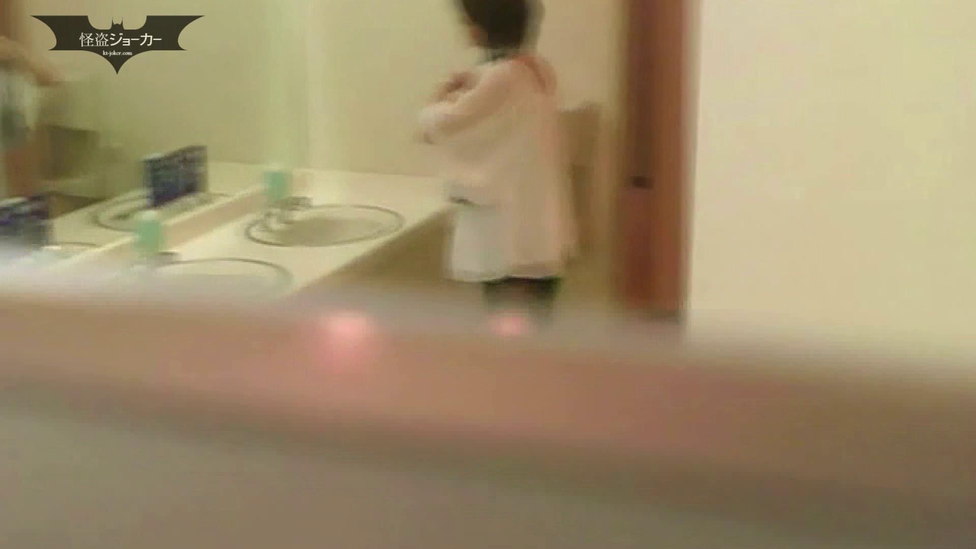 夏の思い出浜辺トイレ盗撮Vol.10 和式で・・・ | 美肌 盗撮 55画像 45