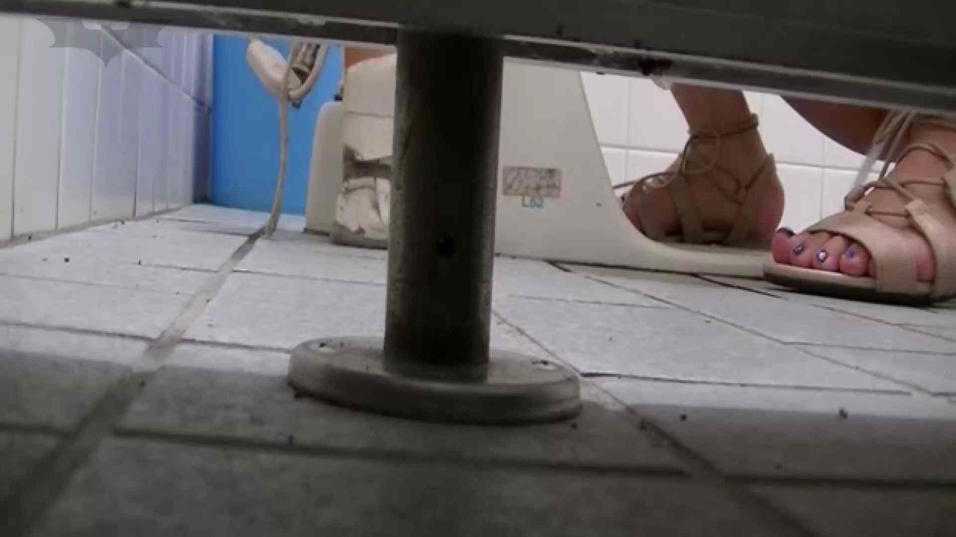 夏の思い出浜辺トイレ盗撮Vol.22 美肌 ぱこり動画紹介 100画像 76