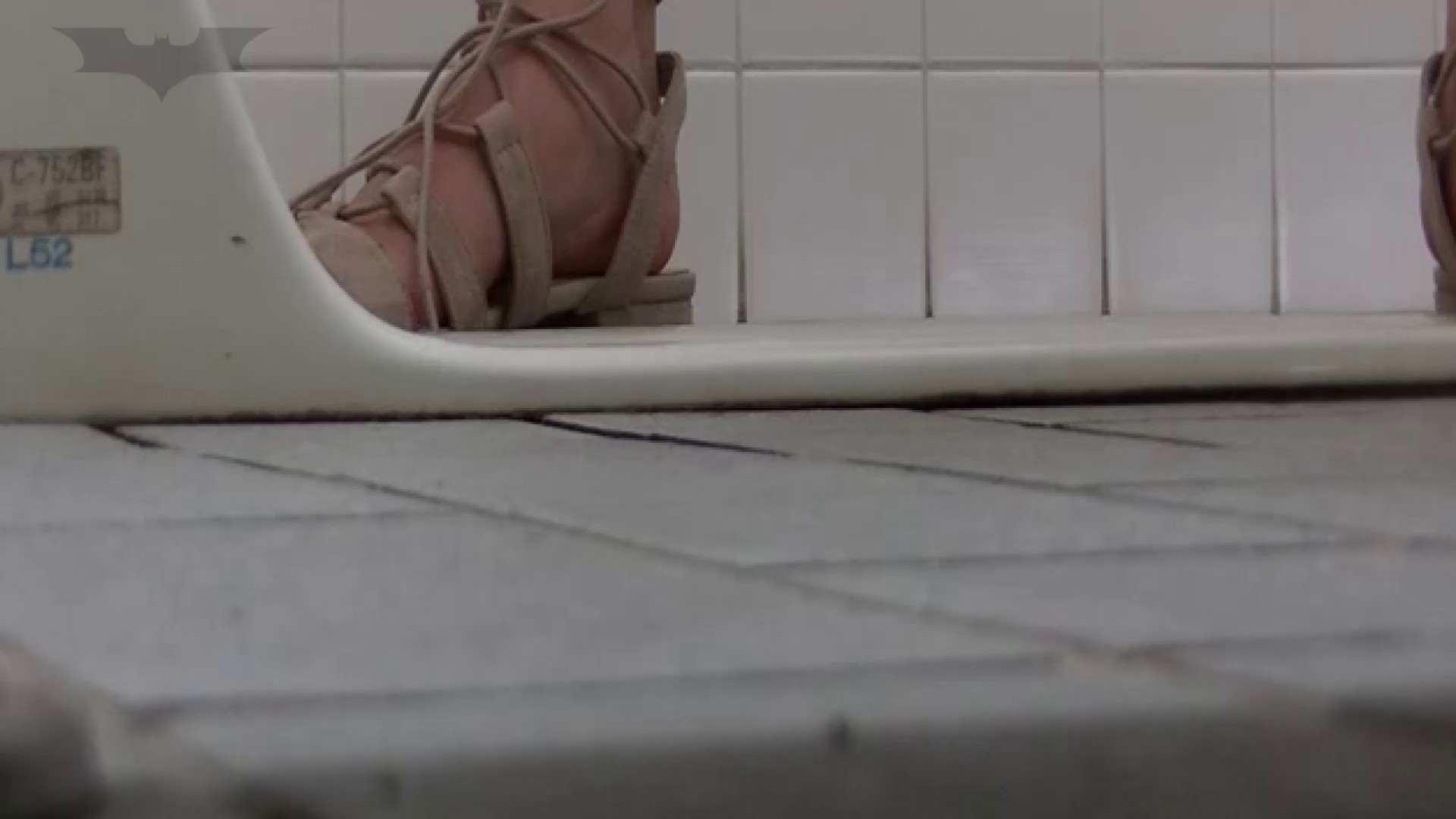夏の思い出浜辺トイレ盗撮Vol.22 和式で・・・ おまんこ無修正動画無料 100画像 83