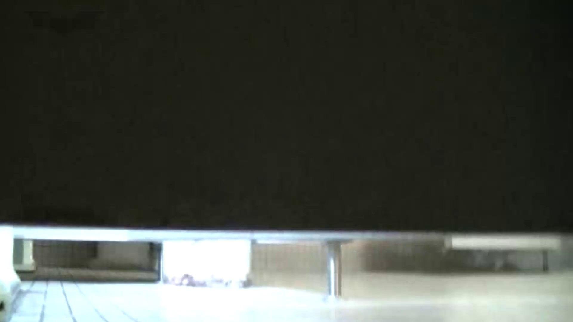 夏の思い出浜辺トイレ盗撮Vol.23 高評価 おめこ無修正画像 59画像 41