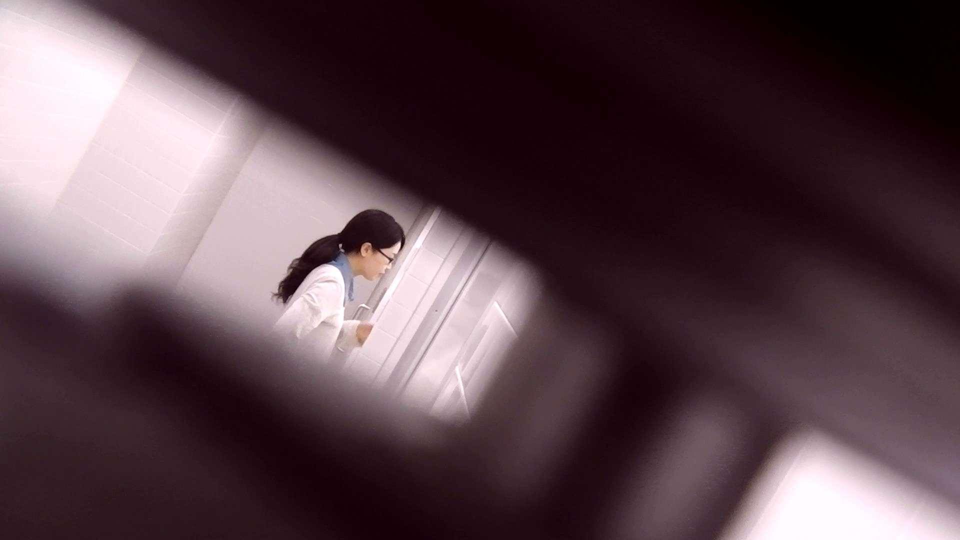 オマンコ丸見え:お銀さんの「洗面所突入レポート!!」Nol.17:怪盗ジョーカー