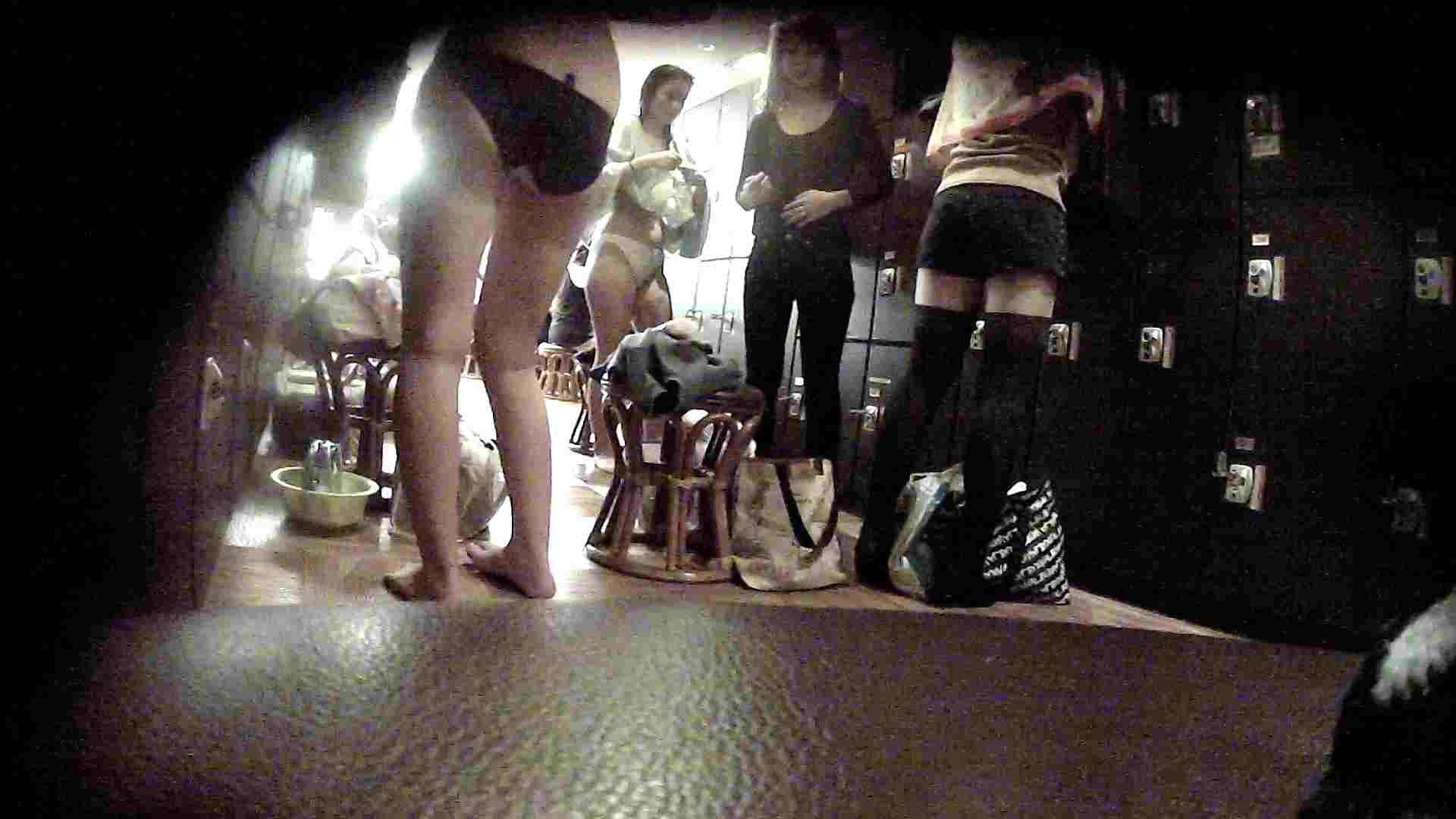 オムニバスVol.5 脱衣所のイケイケギャルがお勧め ギャル攻め ヌード画像 62画像 58
