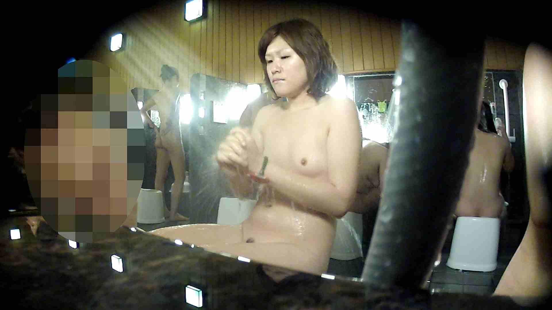 洗い場!顔は大!胸は小!肌は綺麗です。 銭湯着替え ぱこり動画紹介 100画像 26