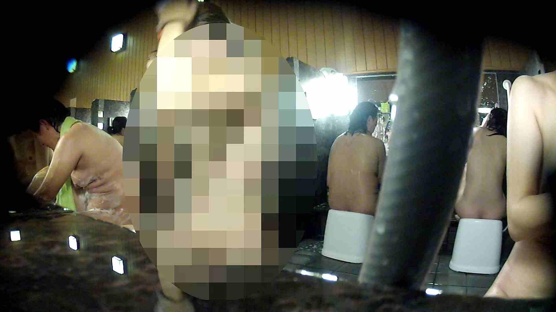 洗い場!顔は大!胸は小!肌は綺麗です。 銭湯着替え ぱこり動画紹介 100画像 98