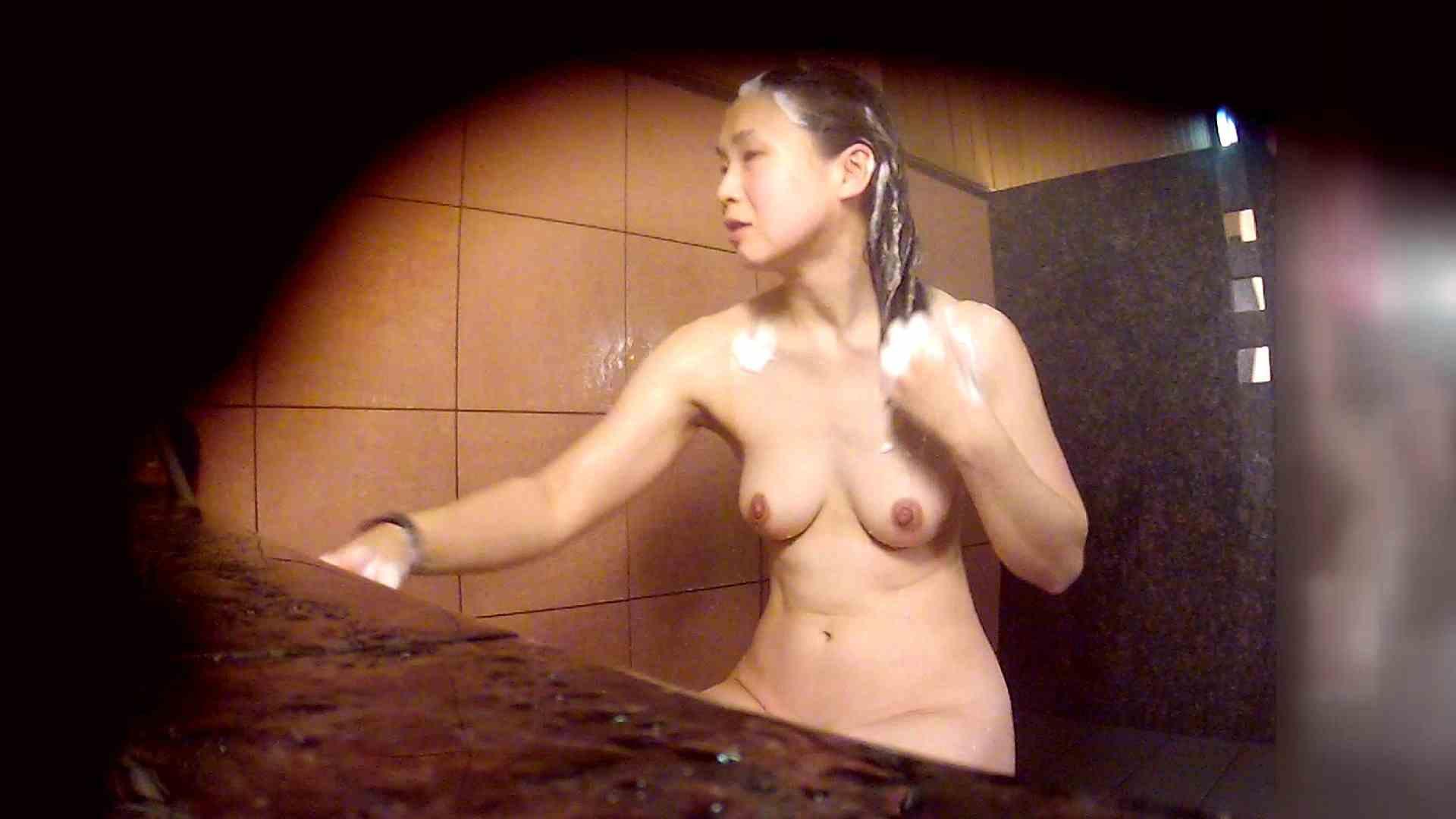 洗い場!マッスルお嬢さん!でもオッパイだけは柔らかそうです。 潜入 | 銭湯着替え  68画像 29