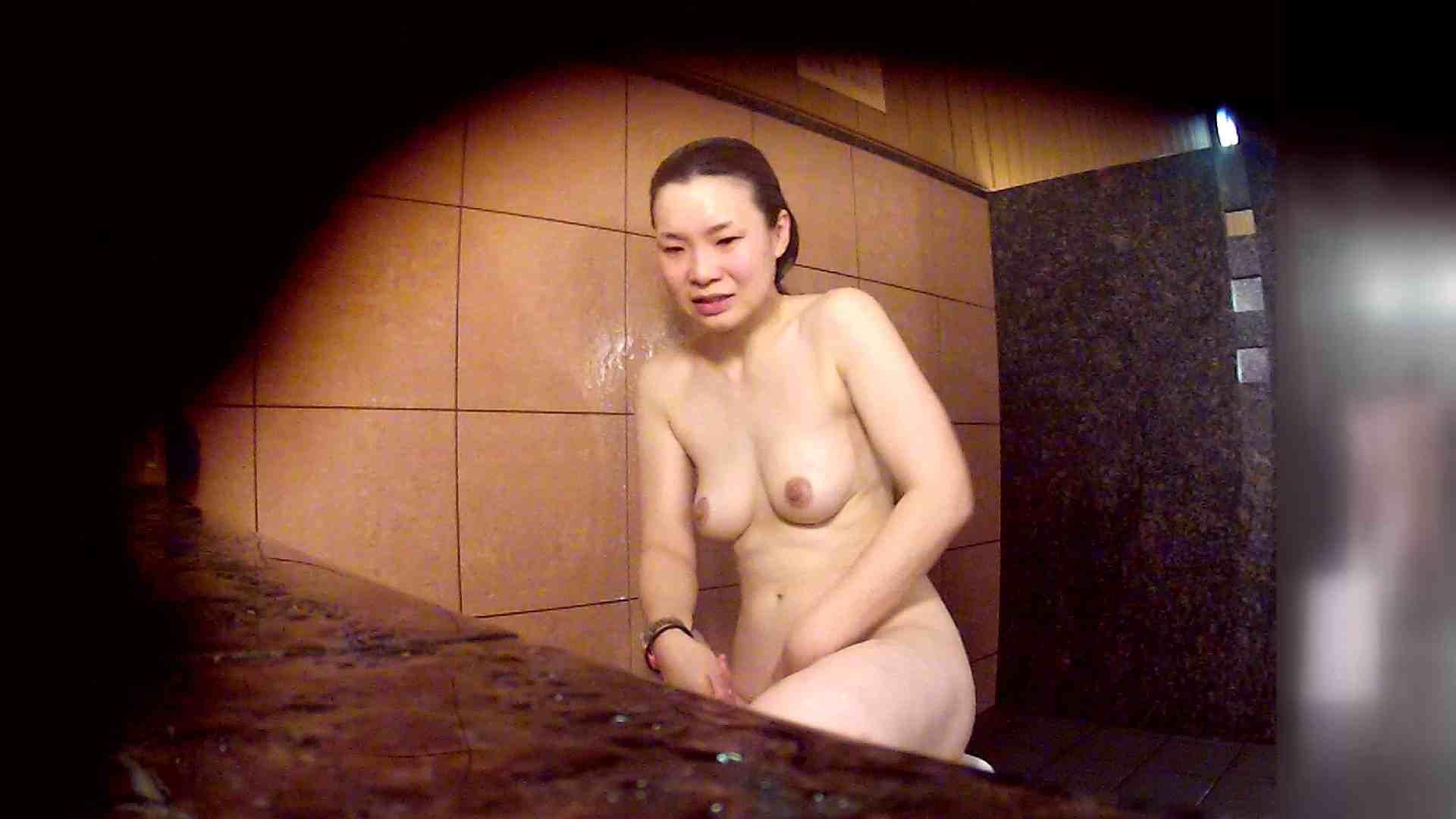 洗い場!マッスルお嬢さん!でもオッパイだけは柔らかそうです。 お姉さん攻略 すけべAV動画紹介 68画像 44