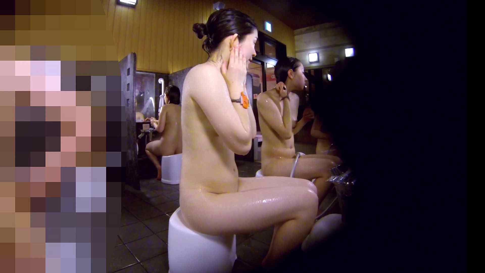 洗い場!眉しっかりの和風美人、奥の嬢も気になります! 女湯 | 銭湯着替え  111画像 8