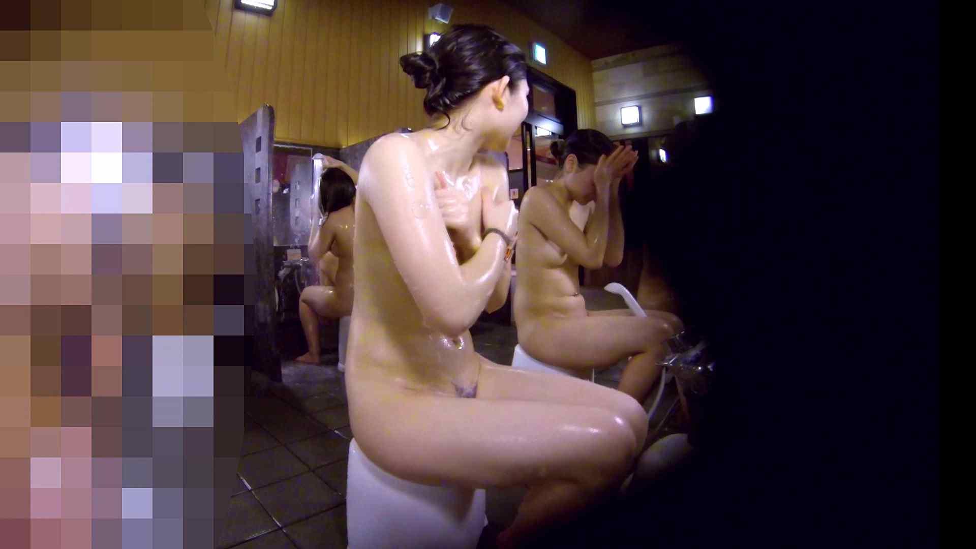 洗い場!眉しっかりの和風美人、奥の嬢も気になります! 女湯  111画像 77