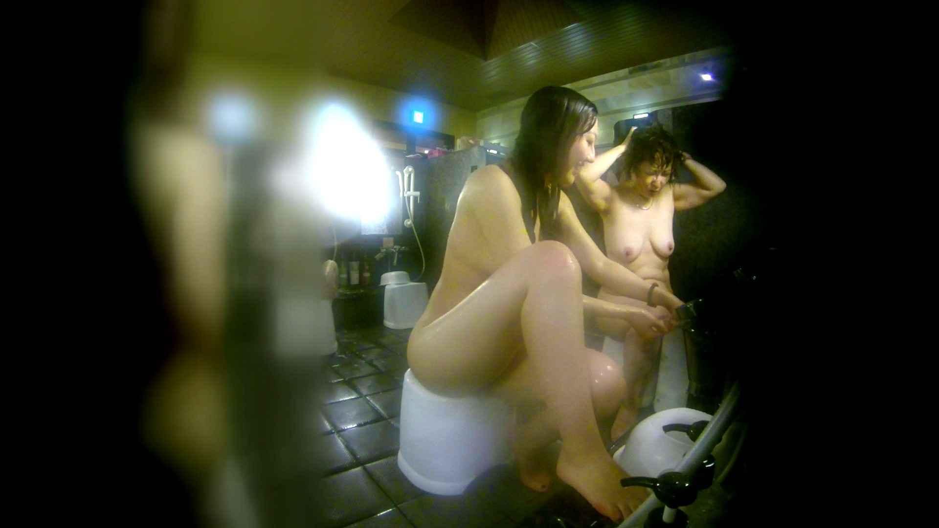 洗い場!右足の位置がいいですね。陰毛もっさり! 銭湯着替え  111画像 28
