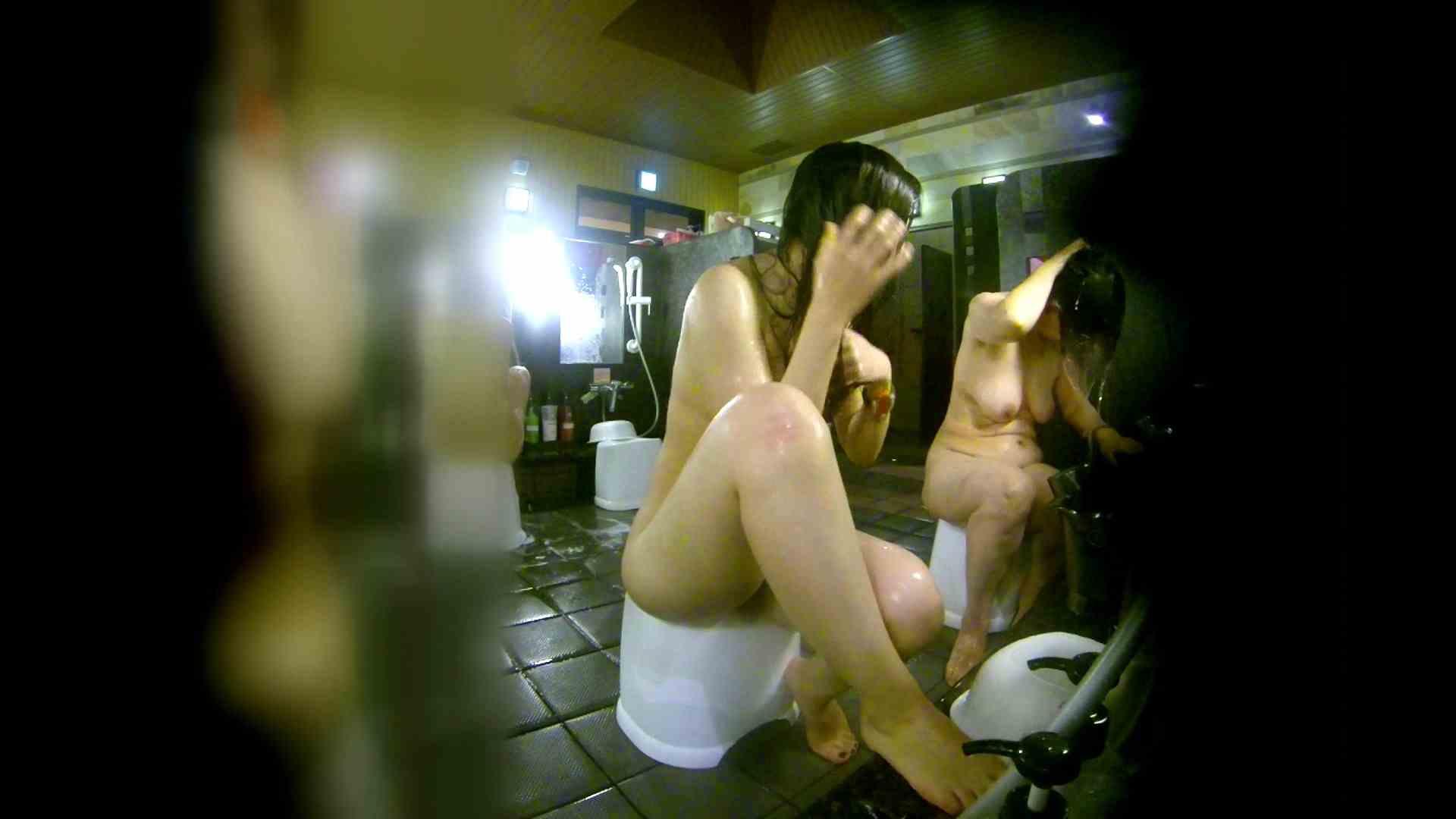 洗い場!右足の位置がいいですね。陰毛もっさり! 銭湯着替え   お姉さん攻略  111画像 36