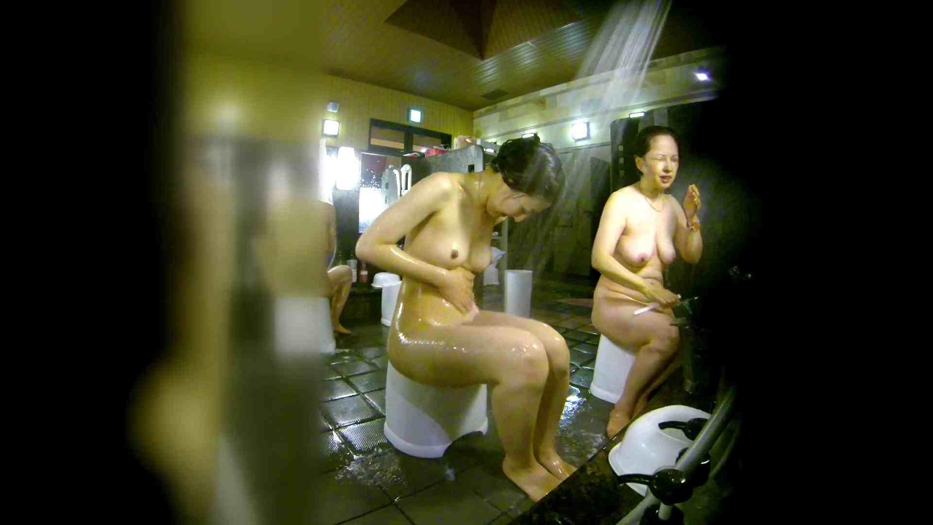 洗い場!右足の位置がいいですね。陰毛もっさり! 銭湯着替え   お姉さん攻略  111画像 57