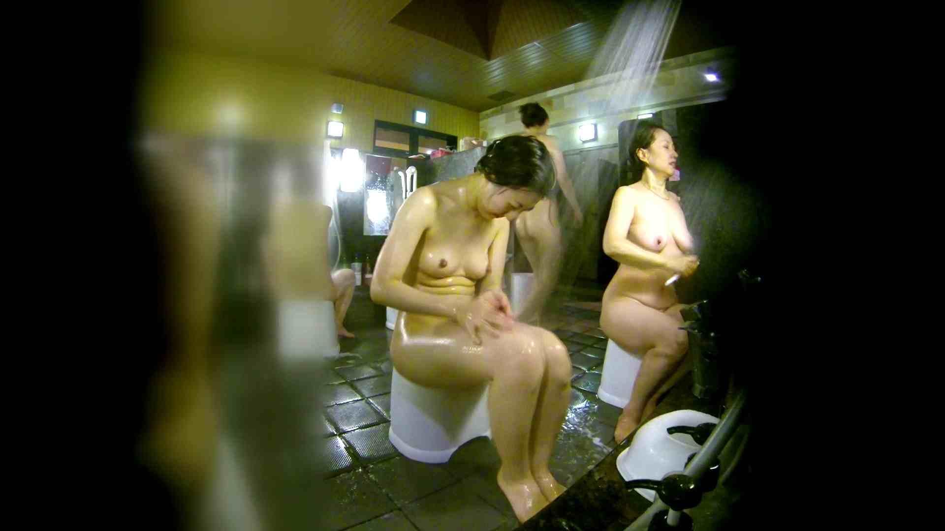 洗い場!右足の位置がいいですね。陰毛もっさり! 細身女性 すけべAV動画紹介 111画像 59