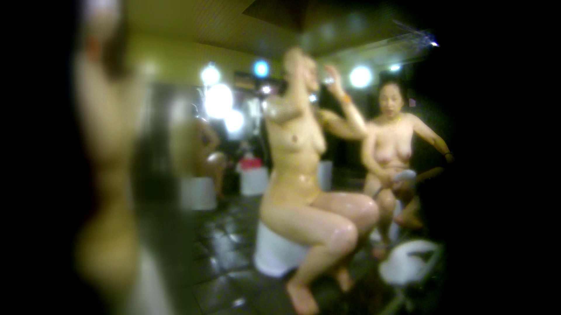 洗い場!右足の位置がいいですね。陰毛もっさり! 細身女性 すけべAV動画紹介 111画像 94