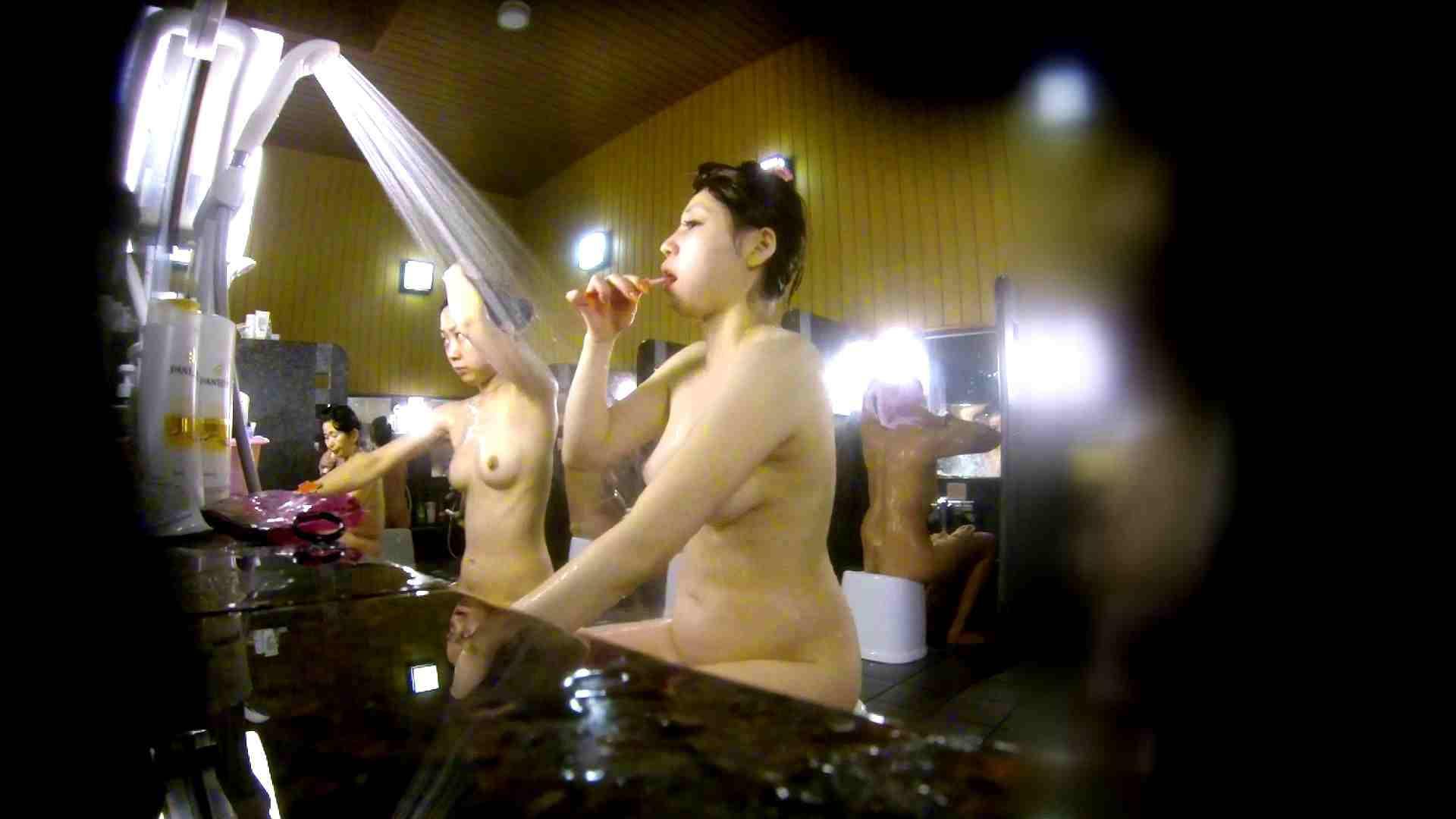 洗い場!柔らかそうな身体は良いけど、歯磨きが下品です。 潜入 | 女湯  107画像 1