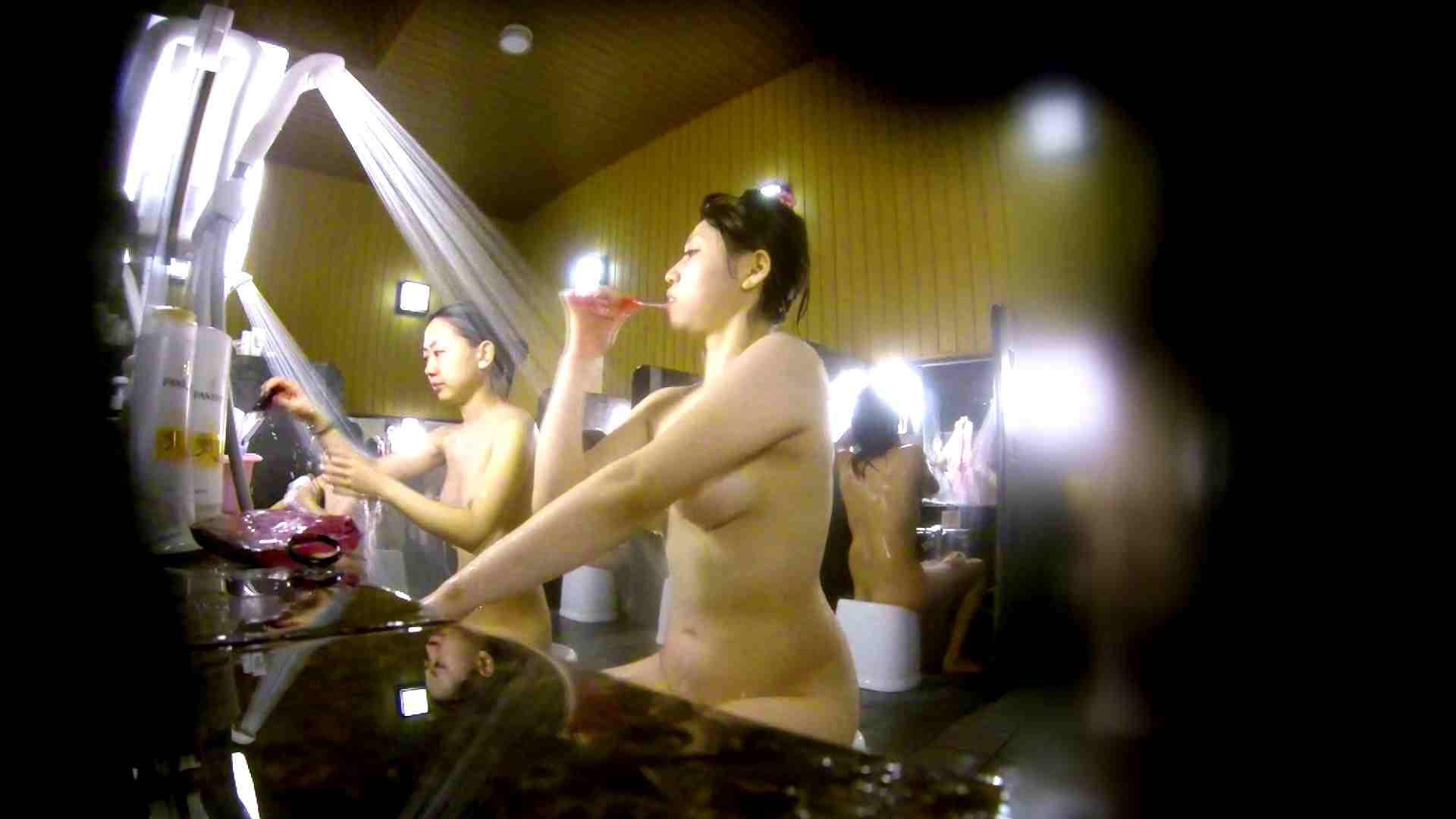 洗い場!柔らかそうな身体は良いけど、歯磨きが下品です。 垂れ乳 おめこ無修正画像 107画像 6