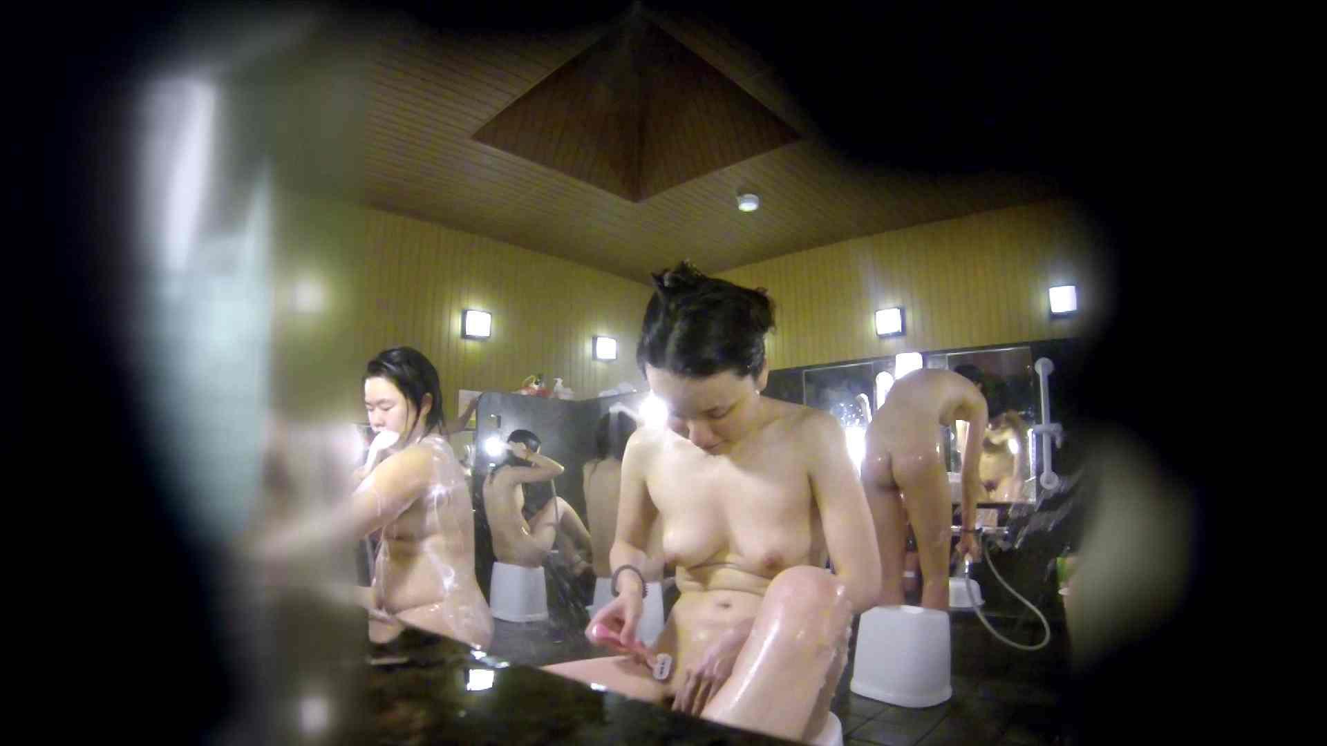 洗い場!アソコの毛辺の手入れで妄想が膨らみました。 美乳 アダルト動画キャプチャ 55画像 37