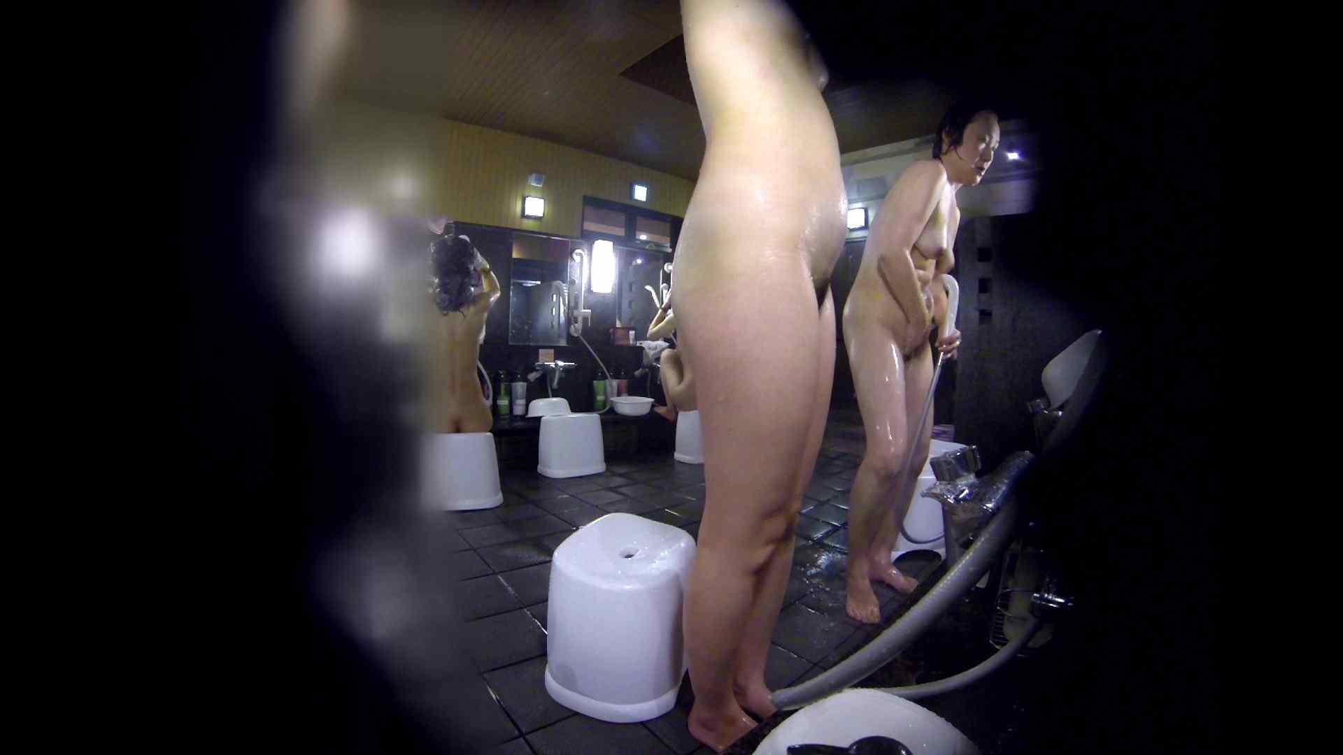 洗い場!好きです!ボリューム満点ボディーな感じが堪りません。 女湯 | 桃色乳首  113画像 25
