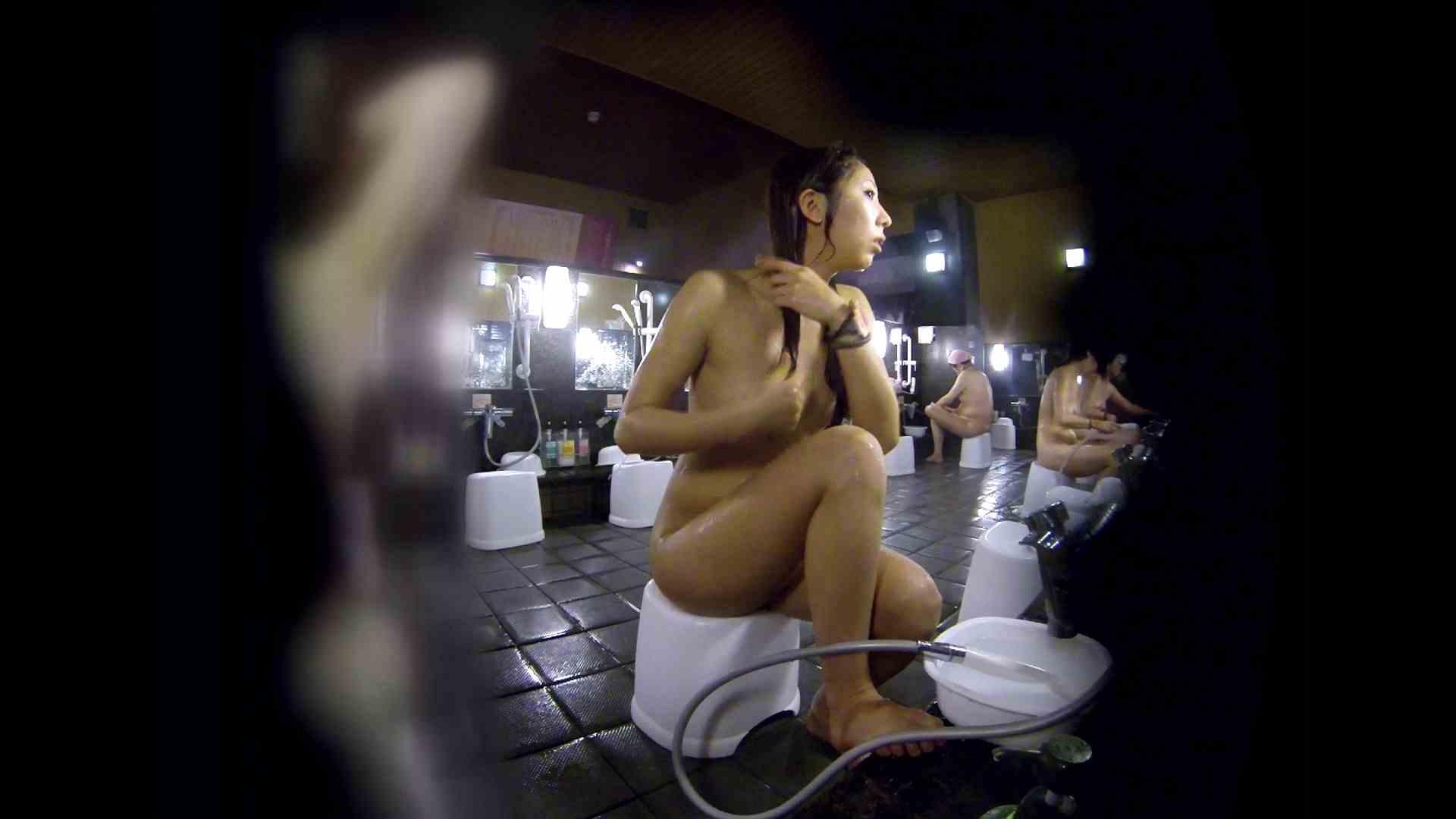 洗い場!綺麗に整えられた陰毛に嫉妬します。 潜入   女湯  63画像 1
