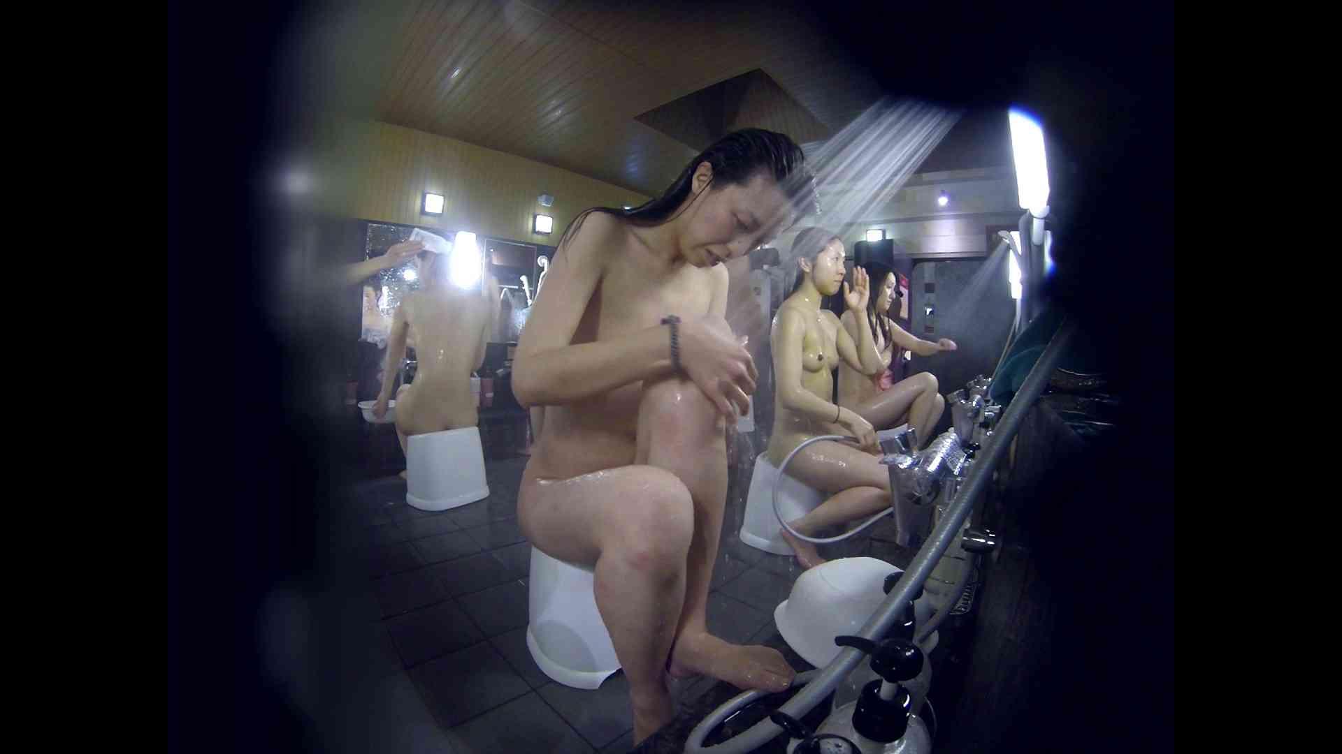 洗い場!オムニバス!3人目の乳首は偉大です! 銭湯着替え  70画像 60