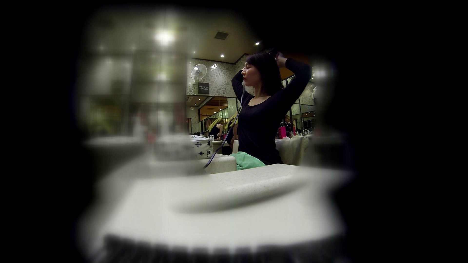 追い撮り!髪を下ろすと雰囲気変わりますね。 お姉さん攻略 オマンコ無修正動画無料 64画像 23