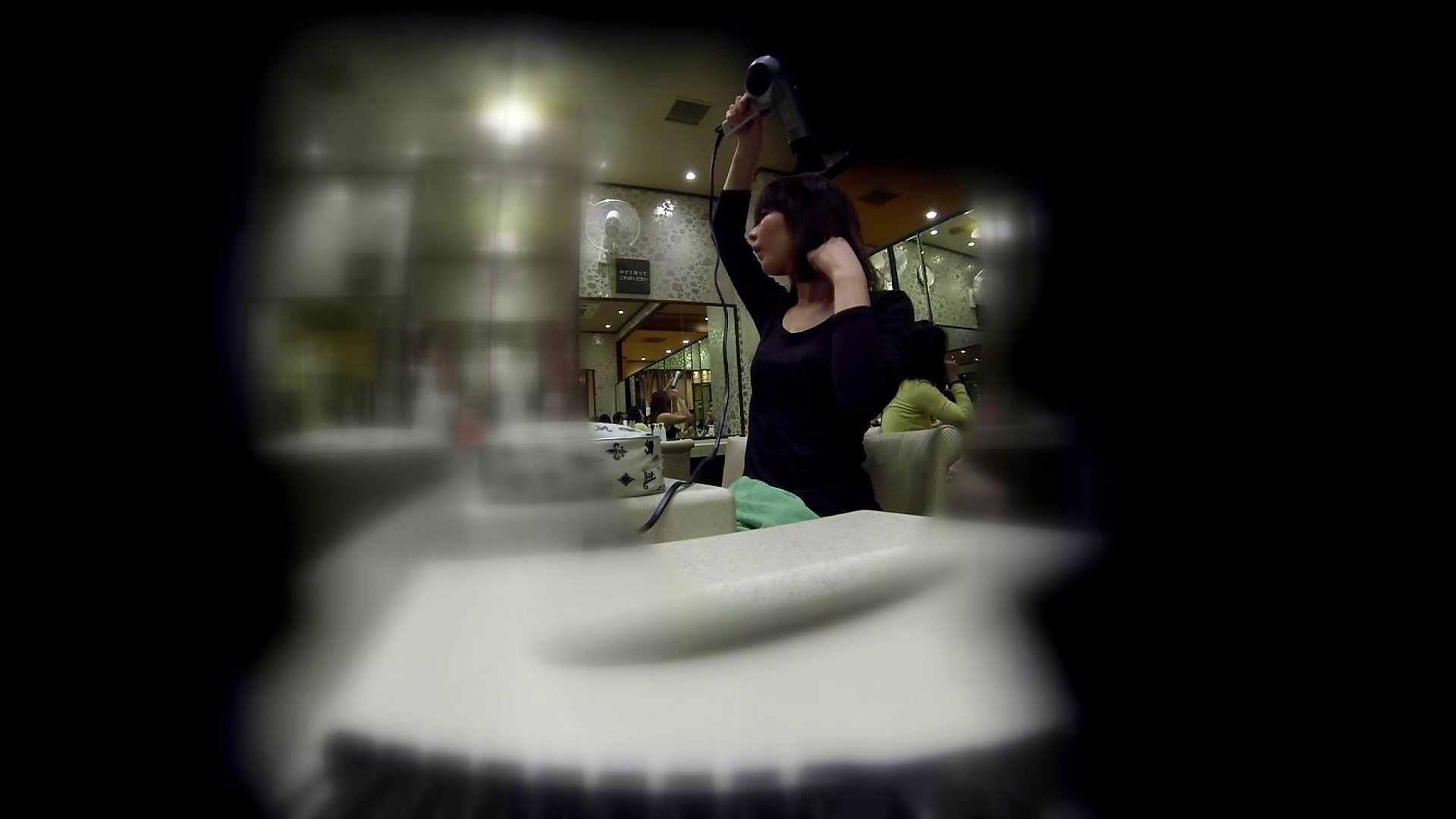 追い撮り!髪を下ろすと雰囲気変わりますね。 お姉さん攻略 オマンコ無修正動画無料 64画像 51