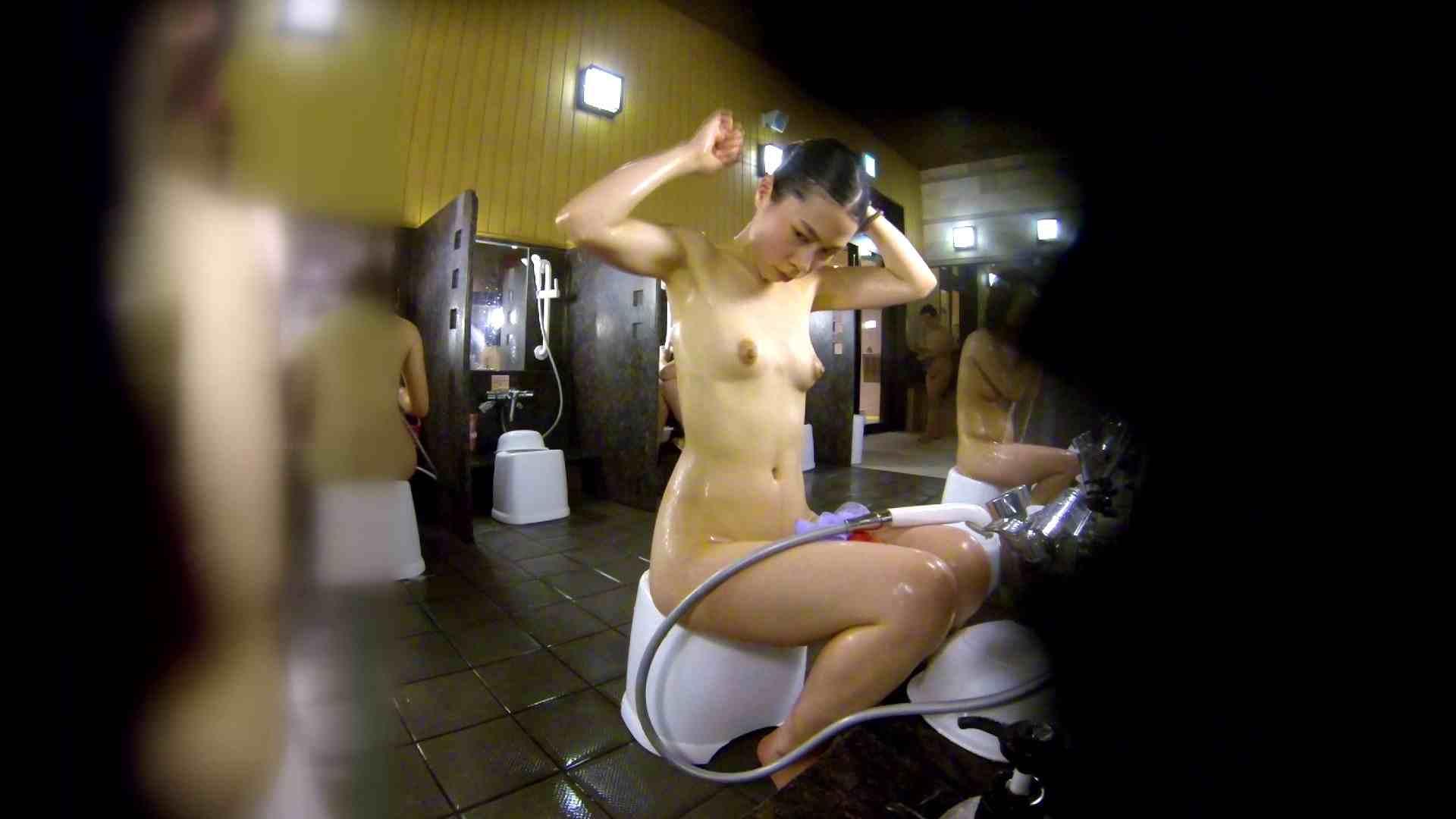 洗い場!ハッキリとした顔立ちとハッキリとした高低差の乳輪 細身女性 オマンコ動画キャプチャ 75画像 11