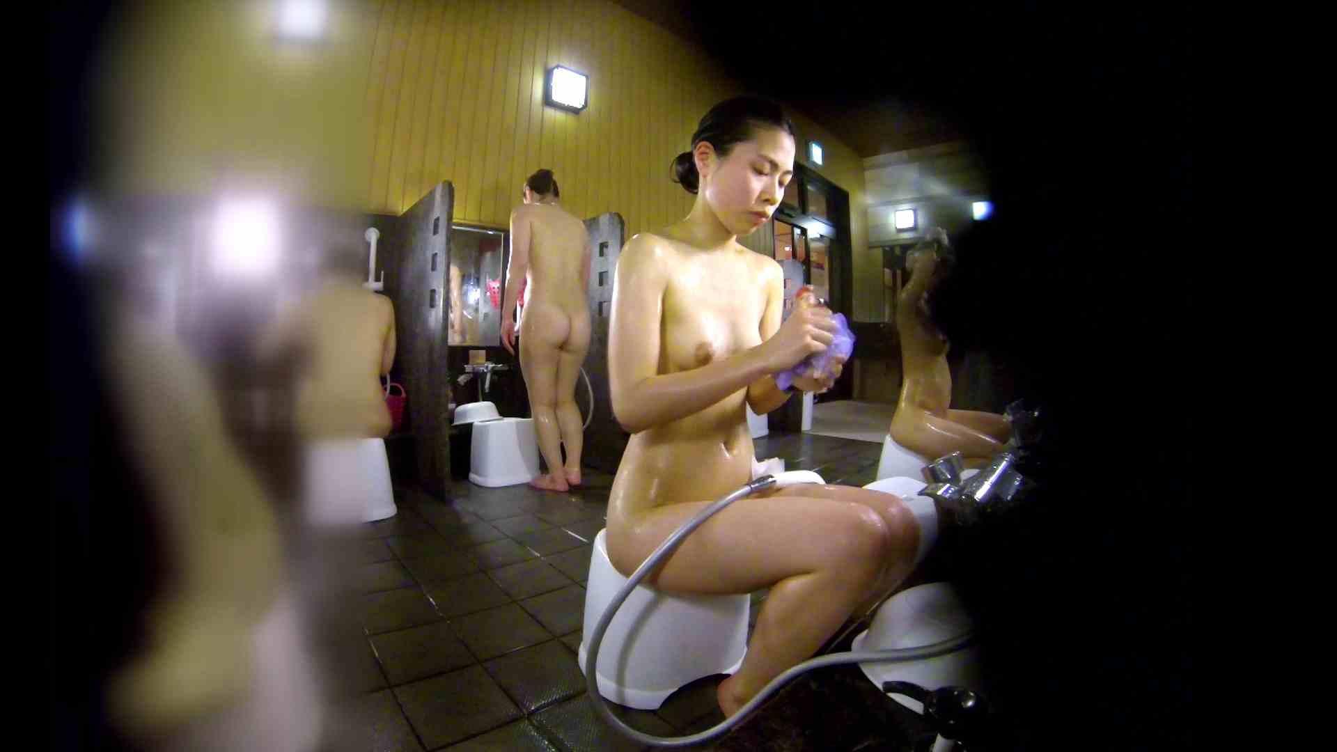 洗い場!ハッキリとした顔立ちとハッキリとした高低差の乳輪 細身女性 オマンコ動画キャプチャ 75画像 43
