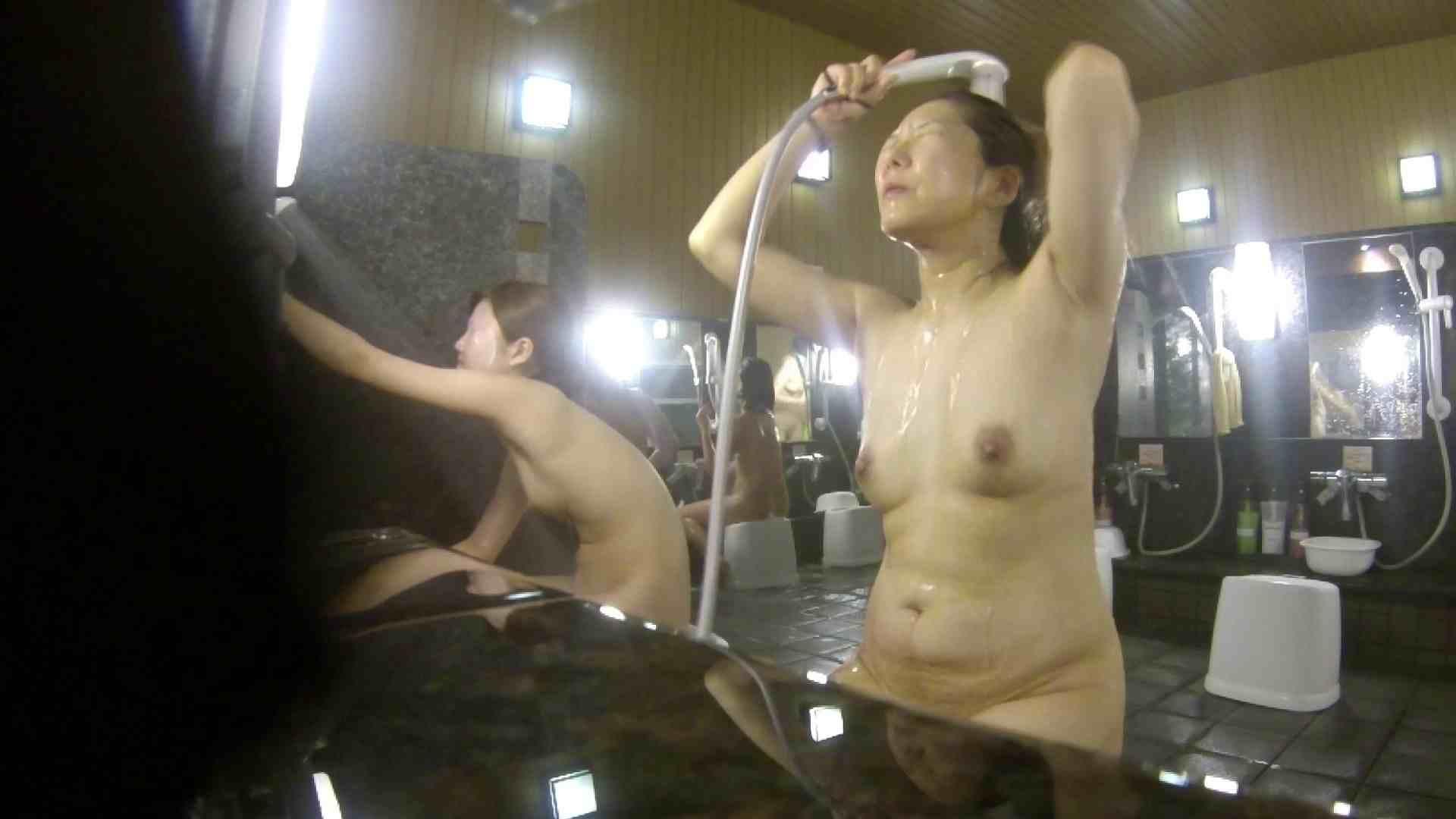 洗い場!崩れかけ?いや、崩れてます。。。 ギャル攻め ワレメ無修正動画無料 89画像 32