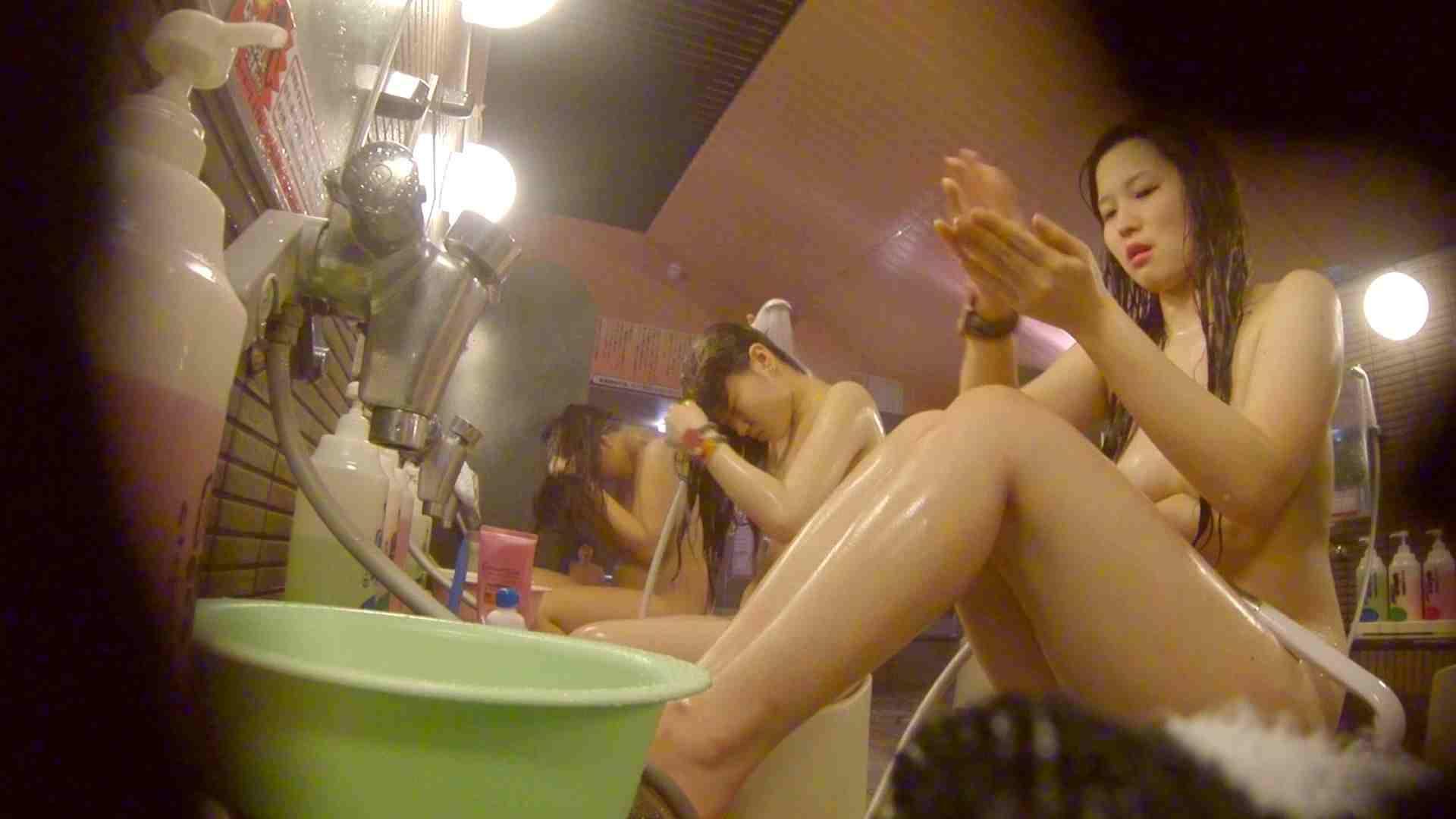 追い撮り!脱衣所から仲良し3人組を追跡。みんなイイ体・・。 女湯 おめこ無修正動画無料 63画像 52