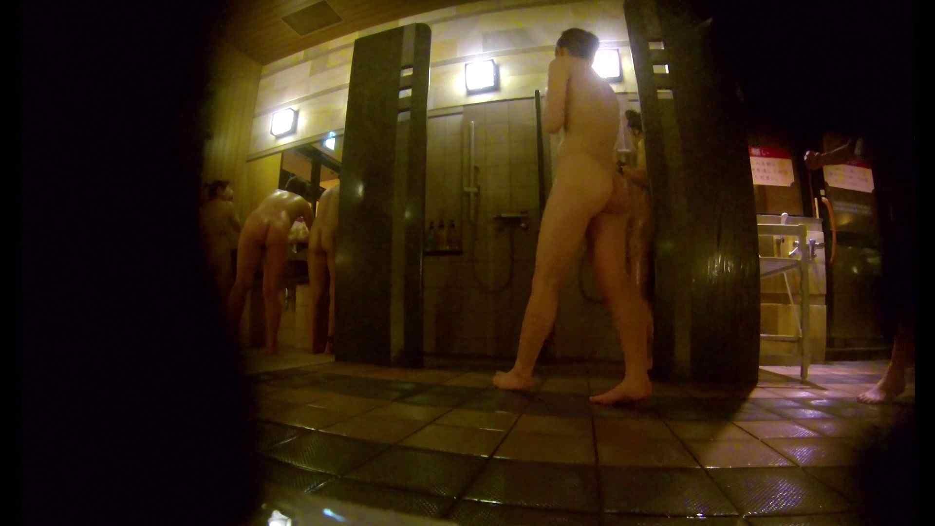 微妙な二人と立ち姿女体のオムニバス 銭湯着替え アダルト動画キャプチャ 59画像 17
