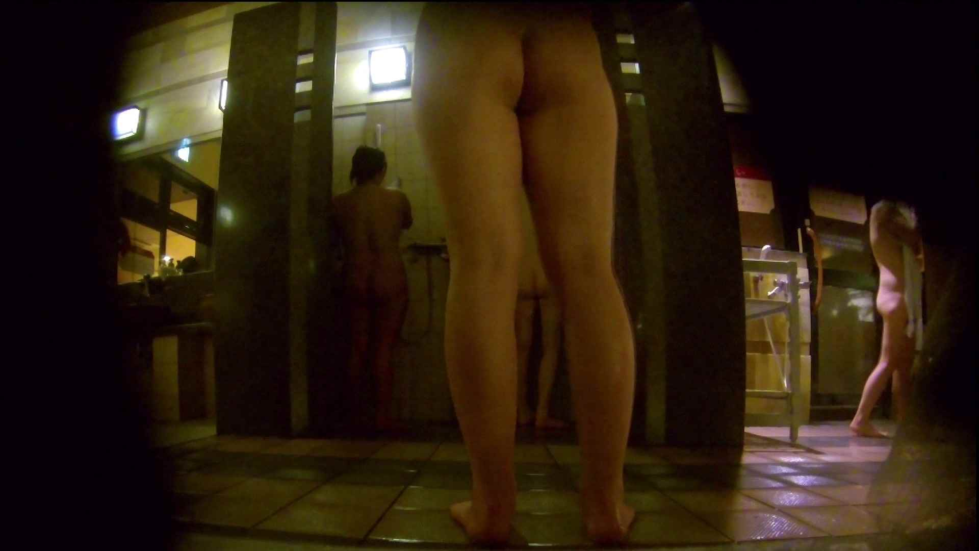 微妙な二人と立ち姿女体のオムニバス 女湯 おめこ無修正画像 59画像 24