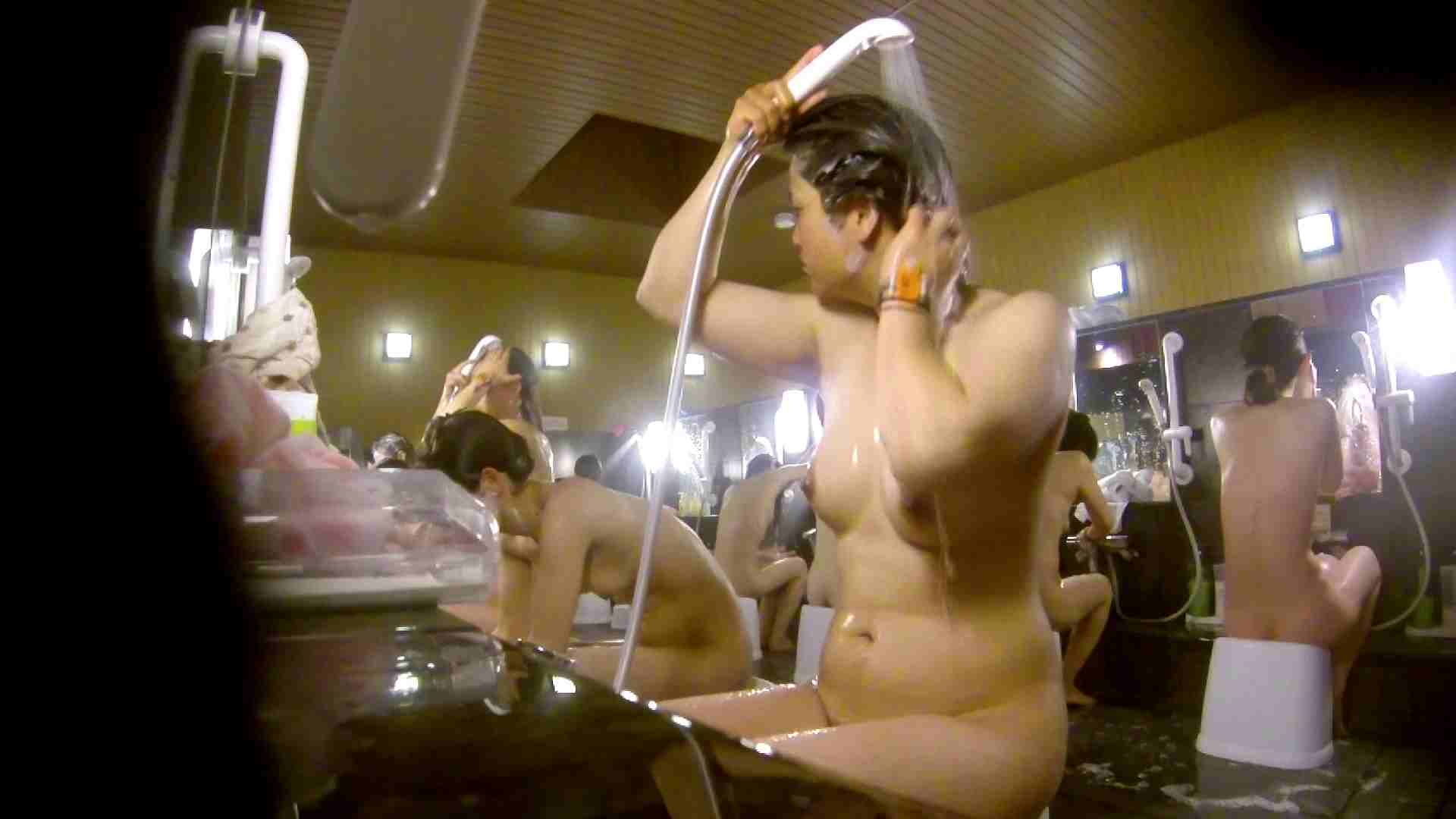 微妙な二人と立ち姿女体のオムニバス 銭湯着替え アダルト動画キャプチャ 59画像 44