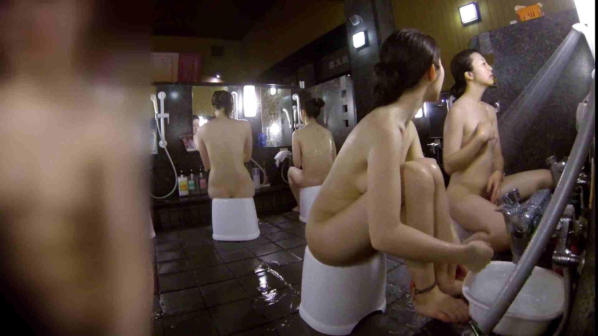 洗い場!地味目の女の子2人組。ずっと話しながら洗ってます。 細身女性 ヌード画像 52画像 3