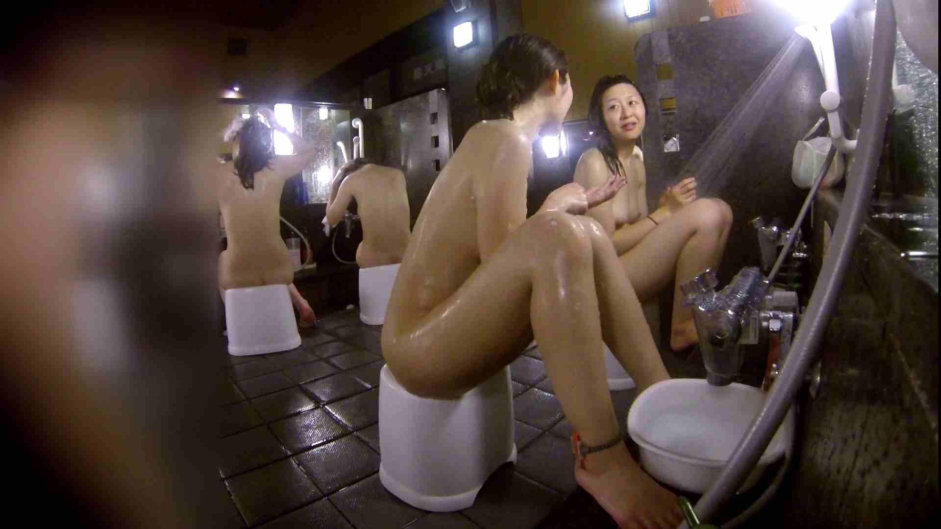 洗い場!地味目の女の子2人組。ずっと話しながら洗ってます。 銭湯着替え   美肌  52画像 17