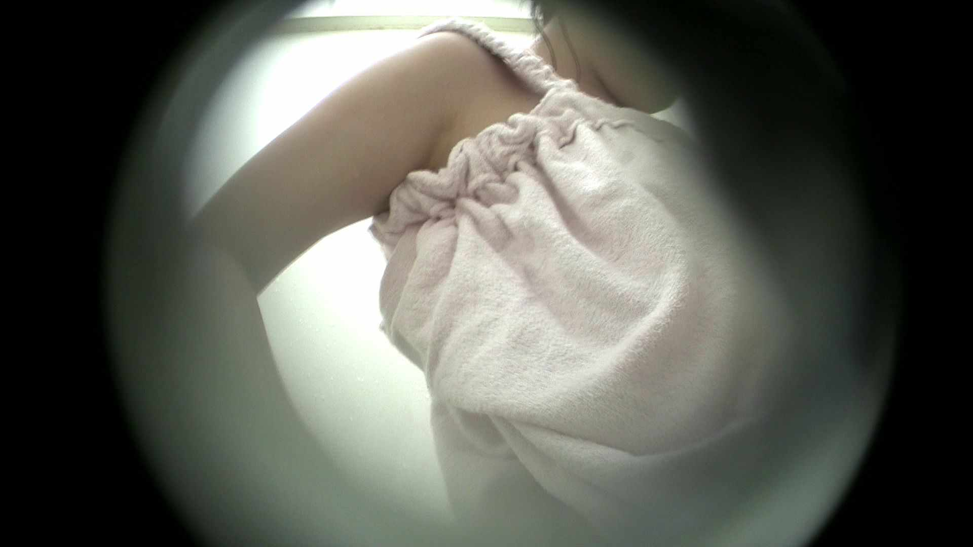 NO.38 いわゆる○女太り 貧乳 | 覗き  61画像 50