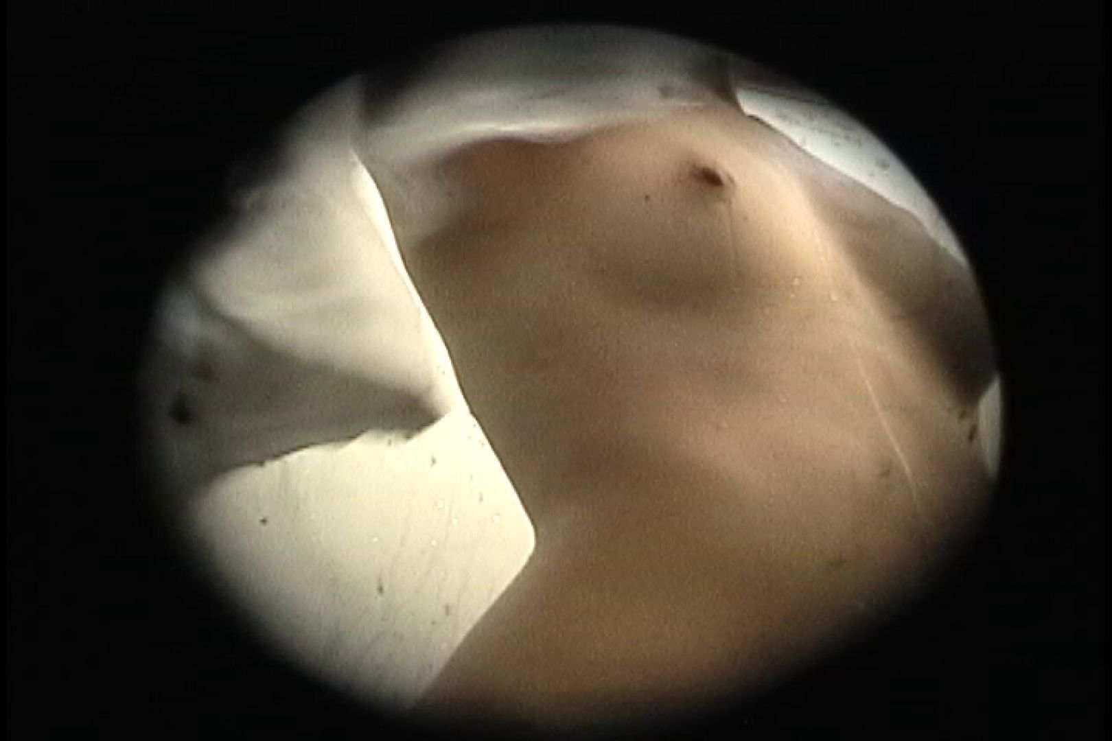 No.107 さすがの画質!濃い陰毛に阻まれ道が見えません 乙女だって。。。 | シャワー室  78画像 57