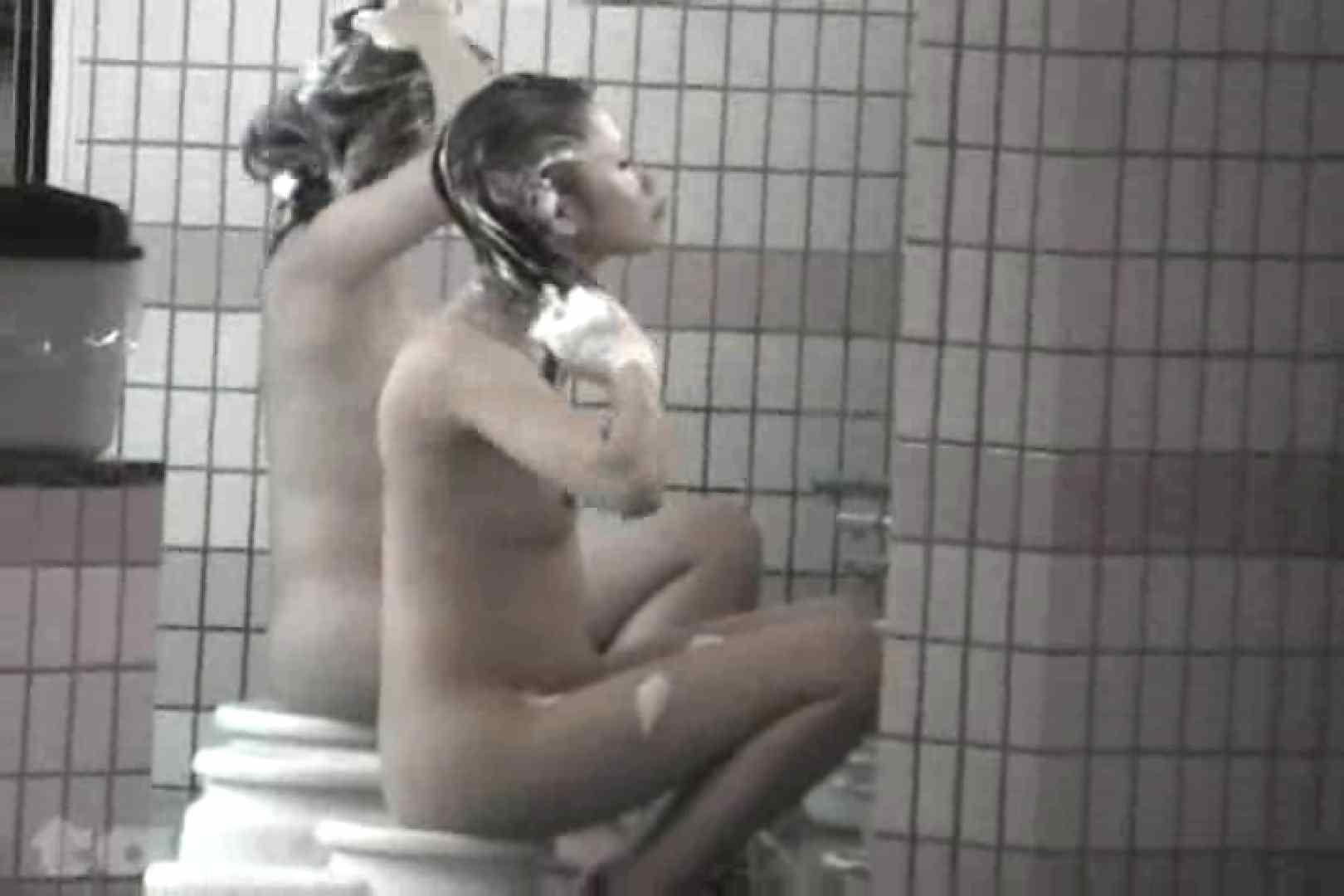合宿ホテル女風呂盗撮高画質版 Vol.10 盗撮で悶絶 おまんこ動画流出 58画像 38