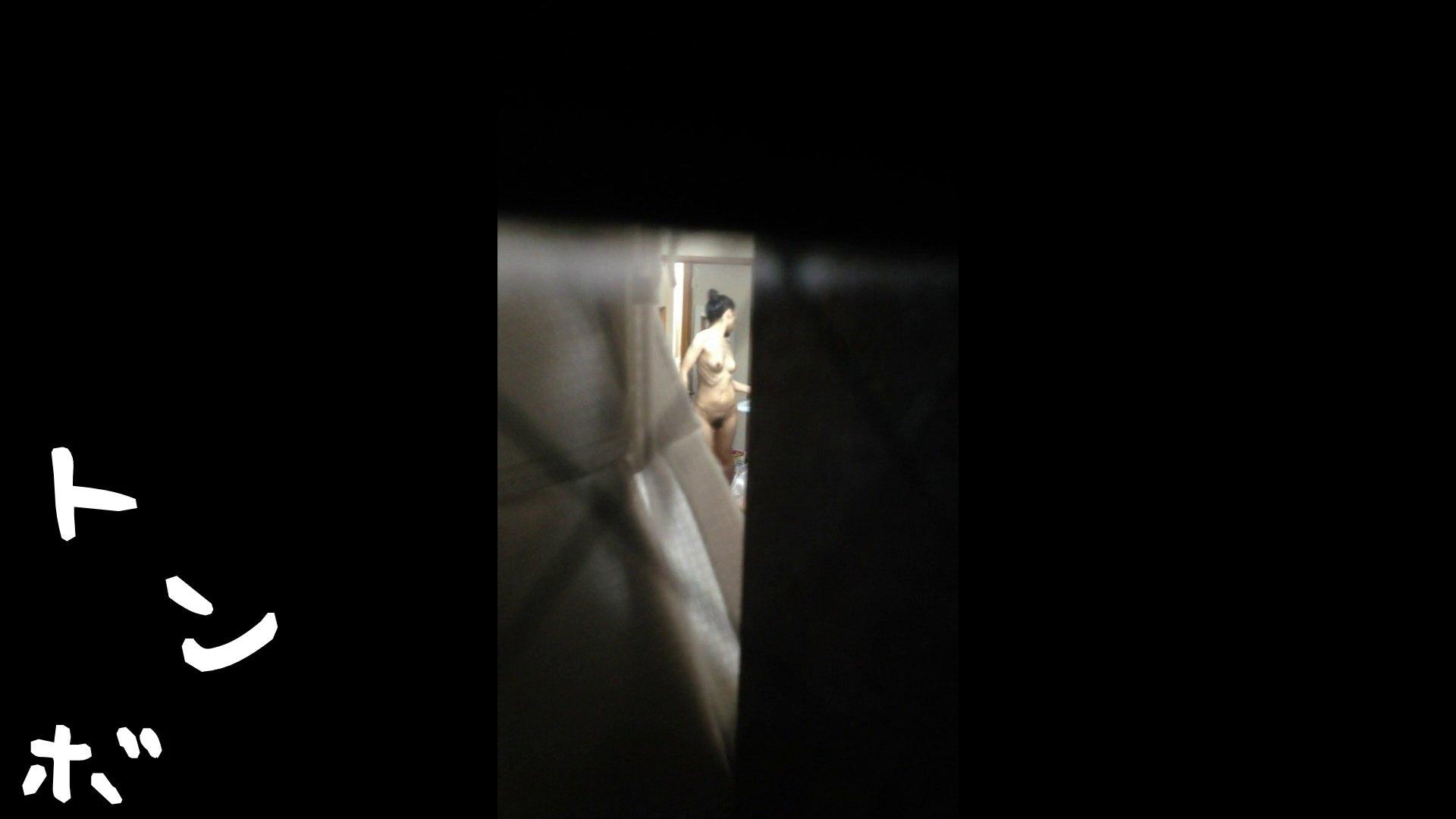 【リアル盗撮】元ジュディマリのYIUKI似 某歌手丸秘ヌード 美肌  99画像 10