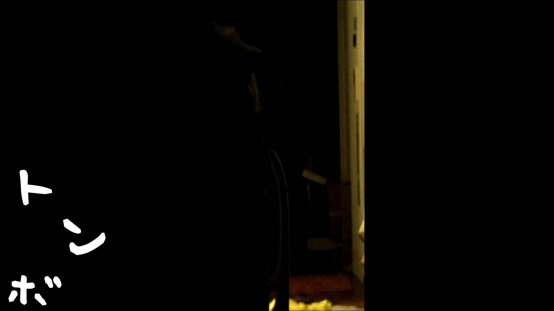 リアル盗撮 ピアスが可愛い一人暮らし女子大生の部屋ヌード ギャル攻め  55画像 42