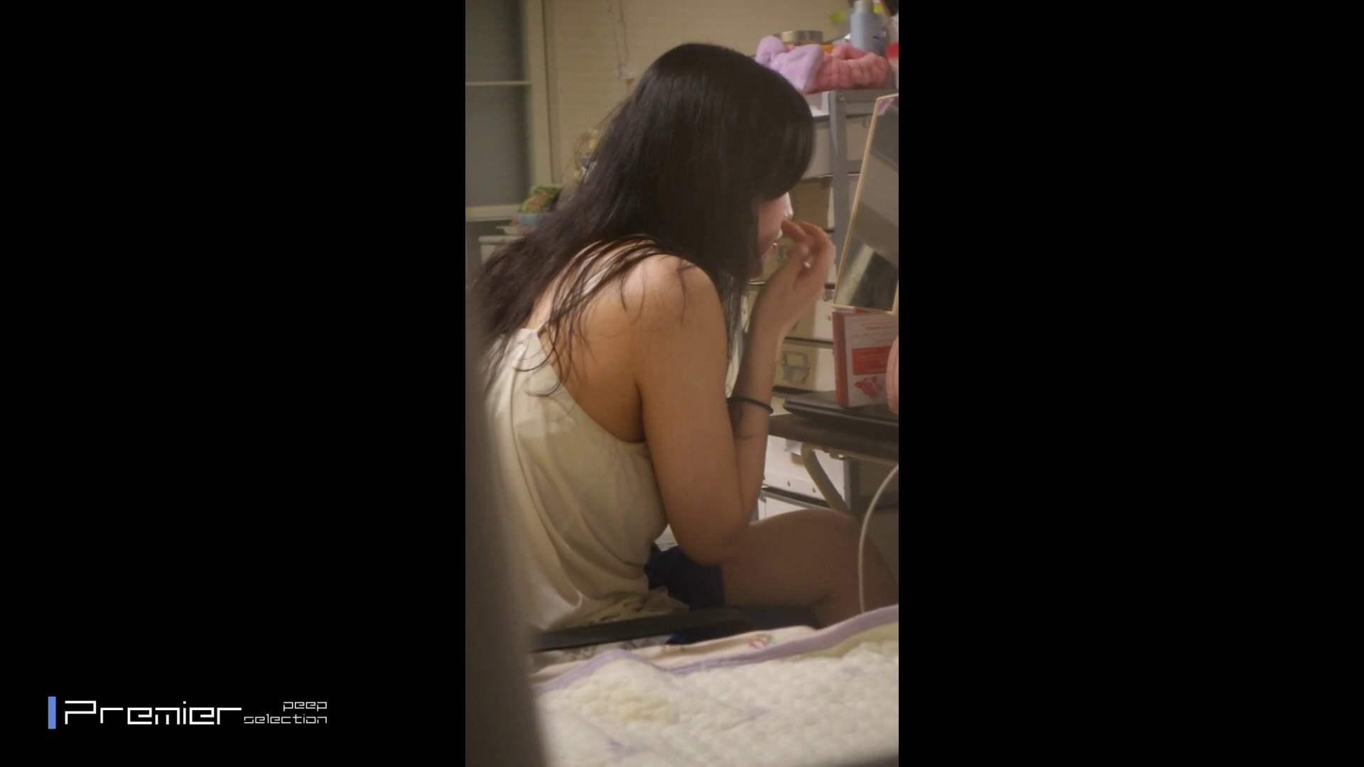 美女たちの日常を観察 美女達の私生活に潜入! 桃色乳首   日焼けした肌  109画像 31