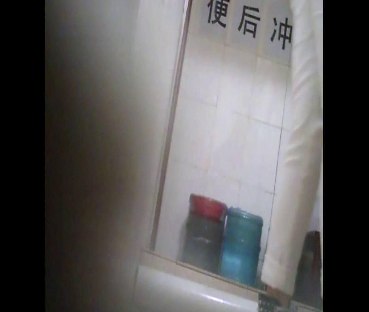 Vol.14 白のデニムなのにしみませんか? 洗面所 エロ無料画像 111画像 23