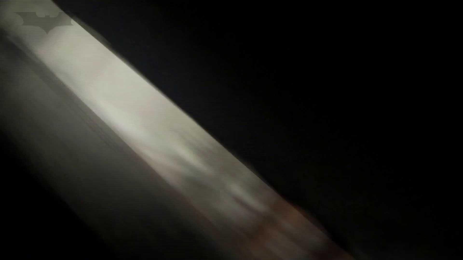 ステーション編 vol52 我慢して個室に入ったら。  :-)!! 洗面所 SEX無修正画像 84画像 64