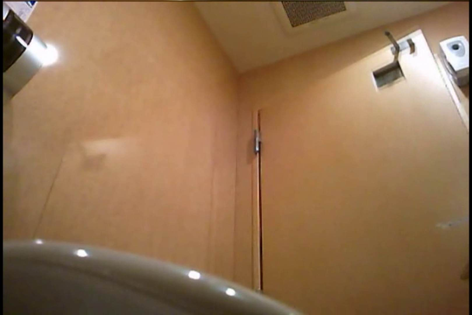 オマンコ丸見え:潜入!!女子化粧室盗撮~絶対見られたくない時間~vo,83:のぞき本舗 中村屋
